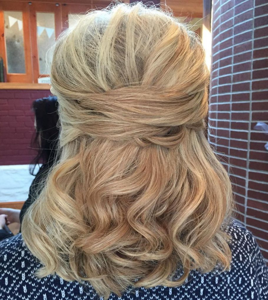 50 Ravishing Mother Of The Bride Hairstyles In 2019 (Gallery 6 of 20)