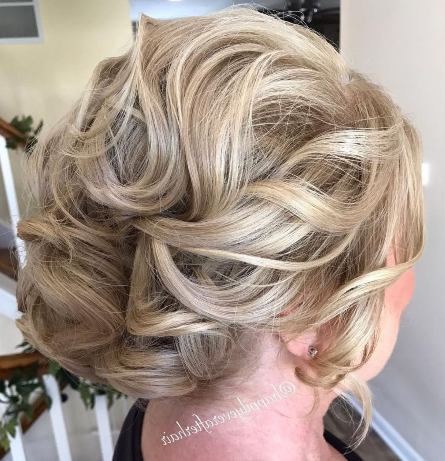 50 Ravishing Mother Of The Bride Hairstyles In 2019 (Gallery 5 of 20)