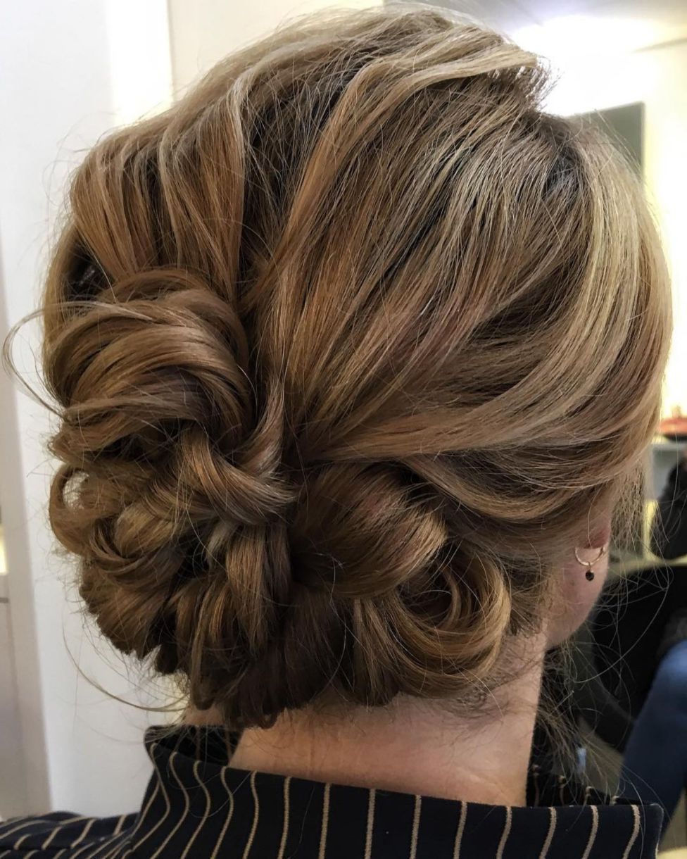 60 Updos For Short Hair – Your Creative Short Hair Inspiration Intended For Fashionable Airy Curly Updos For Wedding (View 4 of 20)
