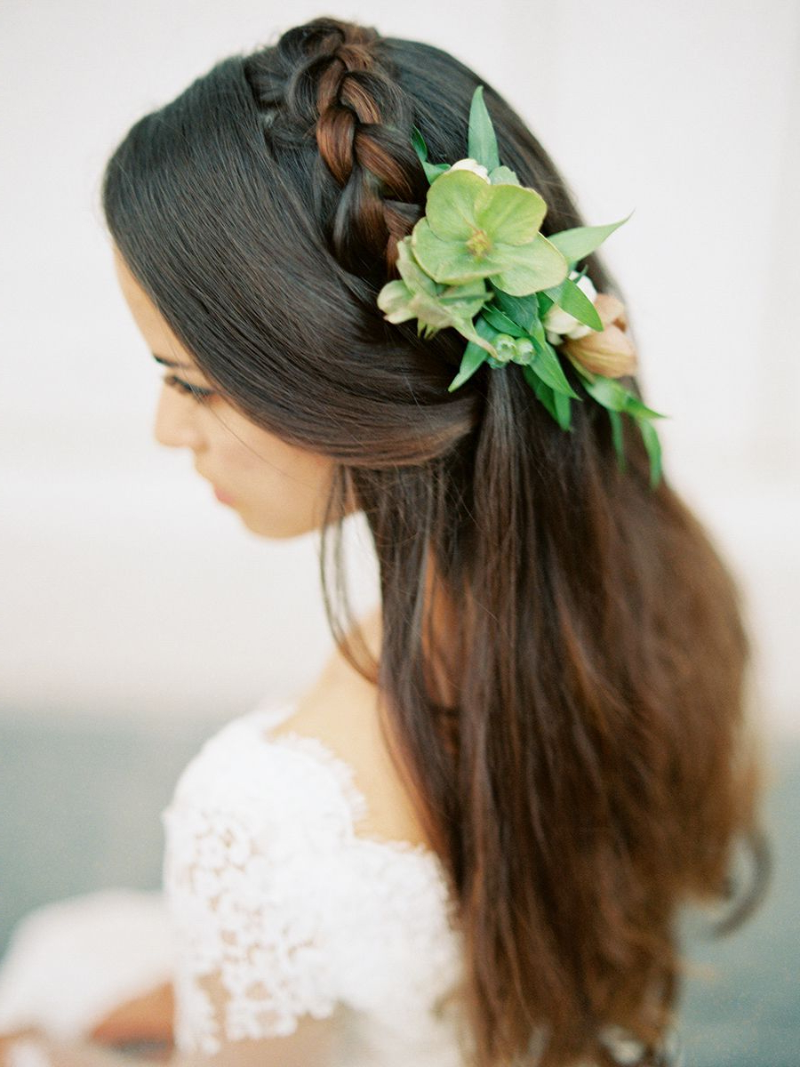 An Organic, Minimalist Wedding With Italian Inspiration In 2019 Within 2018 Relaxed And Regal Hairstyles For Wedding (View 7 of 20)