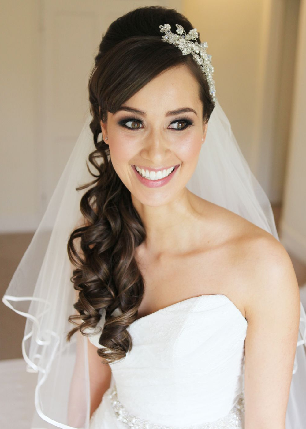 Best And Newest Side Curls Bridal Hairstyles With Tiara And Lace Veil Inside 15 Fabulous Half Up Half Down Wedding Hairstyles (View 3 of 20)