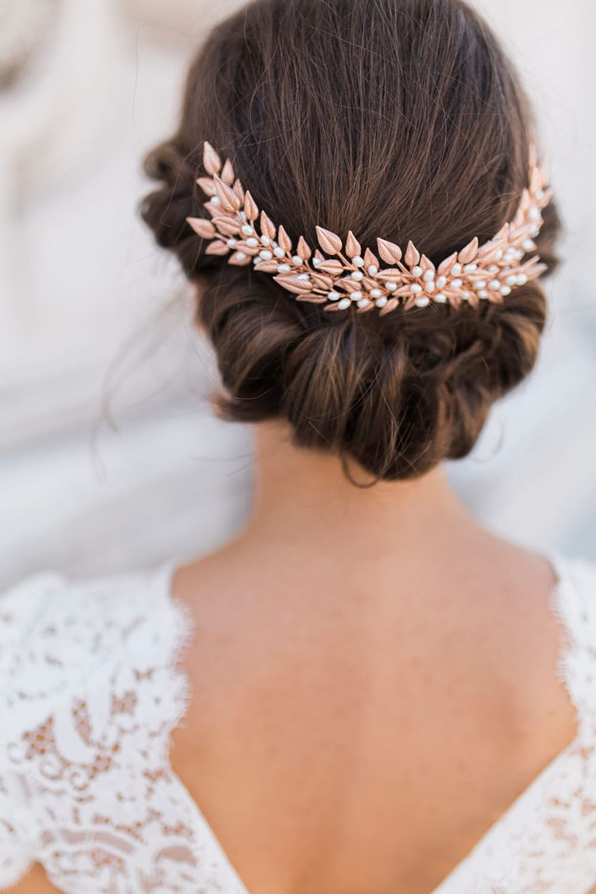 Featured Photo of Relaxed And Regal Hairstyles For Wedding