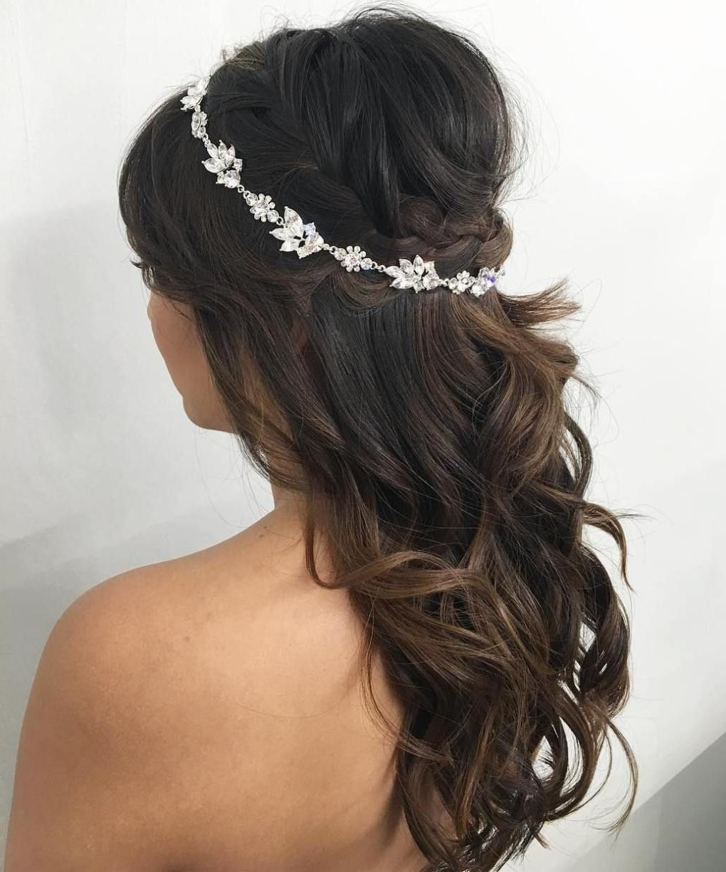 Famous Loose Curly Half Updo Wedding Hairstyles With Bouffant In 40 Gorgeous Wedding Hairstyles For Long Hair (View 15 of 20)