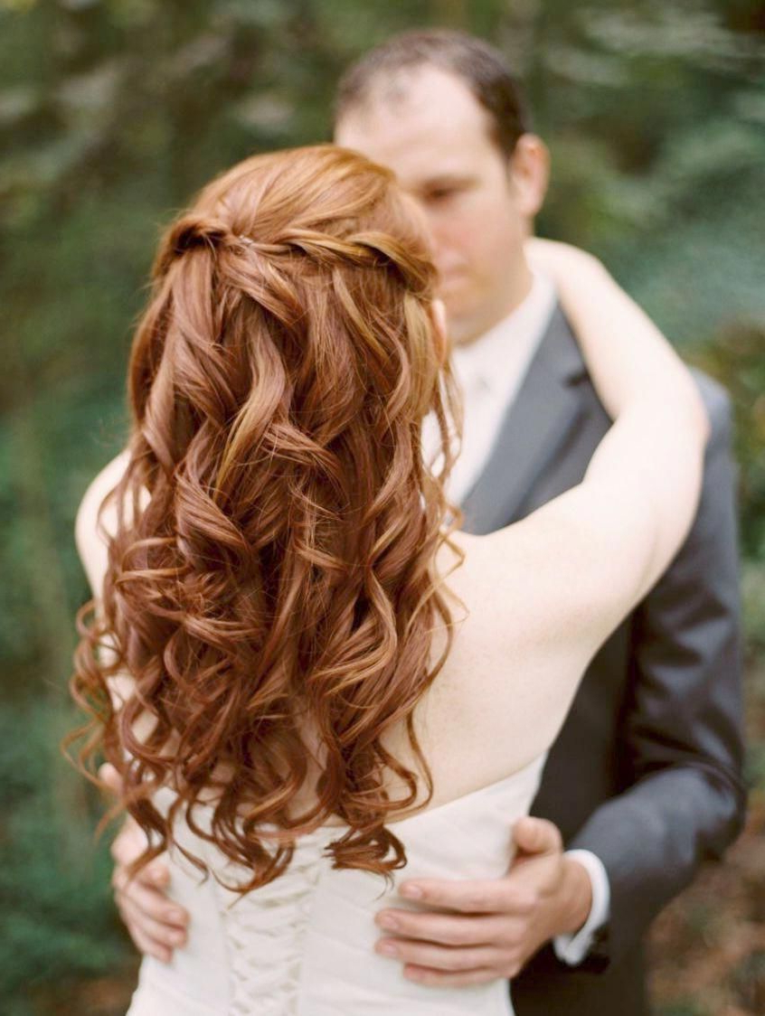 Famous Medium Half Up Half Down Bridal Hairstyles With Fancy Knots For Simple Wedding Hairstyles Half Up Half Down Simple Wedding (View 5 of 20)