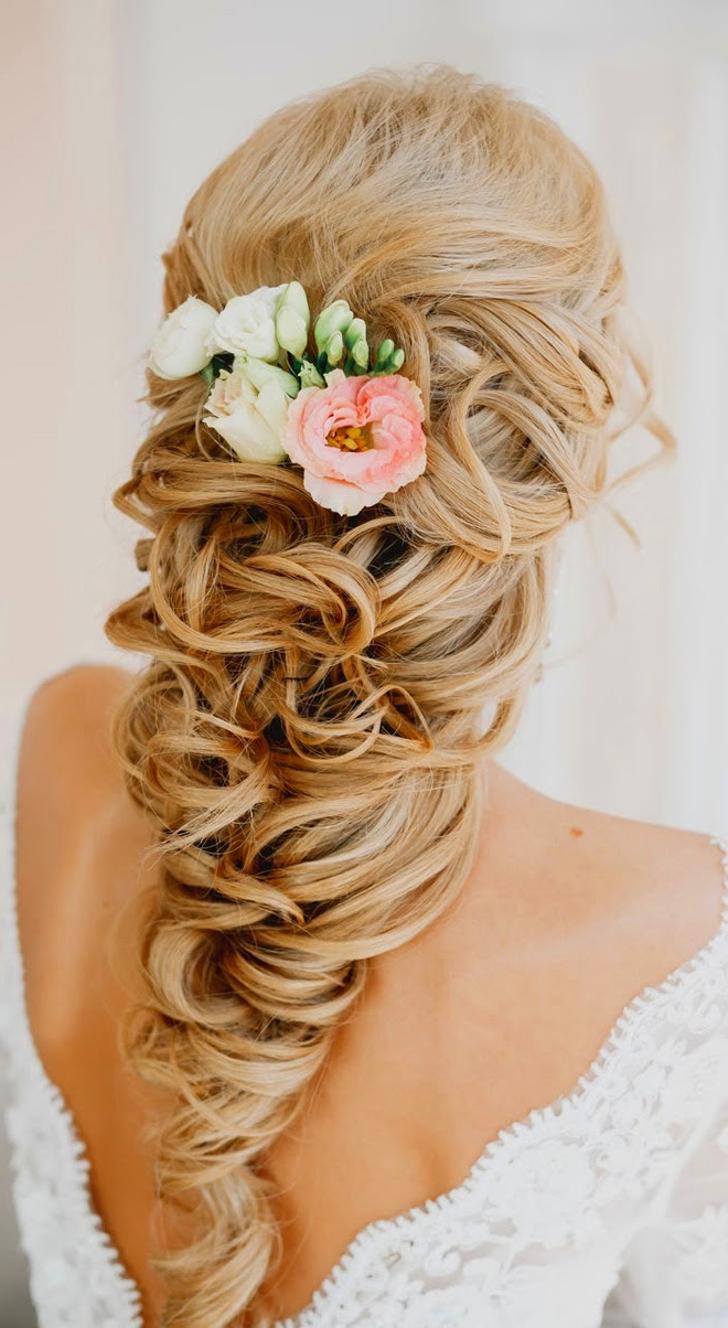 Famous White Blonde Twisted Hairdos For Wedding With Wedding Hairstyles For Long Hair (View 18 of 20)