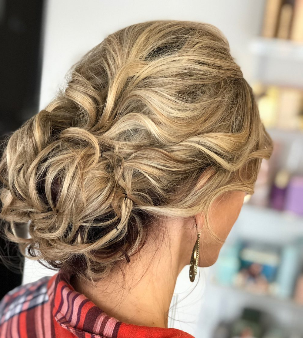 Fashionable Low Messy Bun Wedding Hairstyles For Fine Hair Pertaining To 18 Sexiest Messy Updos You'll See In  (View 7 of 20)
