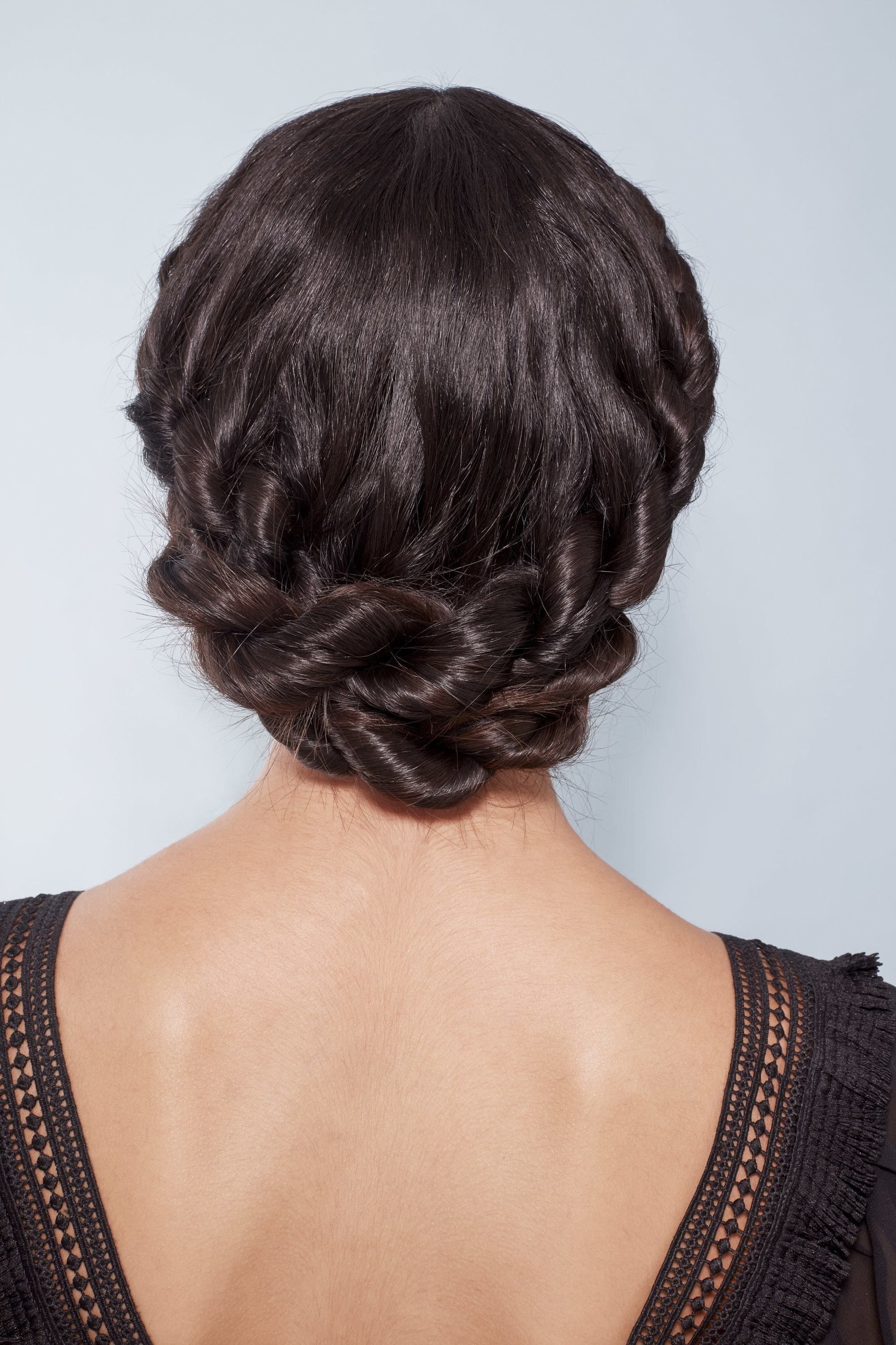 Fashionable Pinned Brunette Ribbons Bridal Hairstyles With 25 Wedding Guest Hairstyles That'll Make You The Chicest Attendee (View 8 of 20)