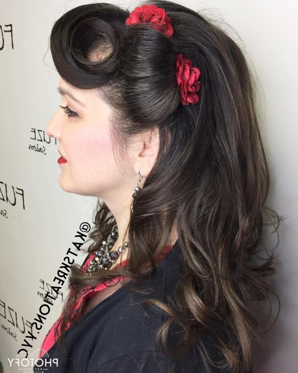 "Fashionable Retro Glam Wedding Hairstyles In 42 Pin Up Hairstyles That Scream ""retro Chic"" (Tutorials Included) (View 11 of 20)"