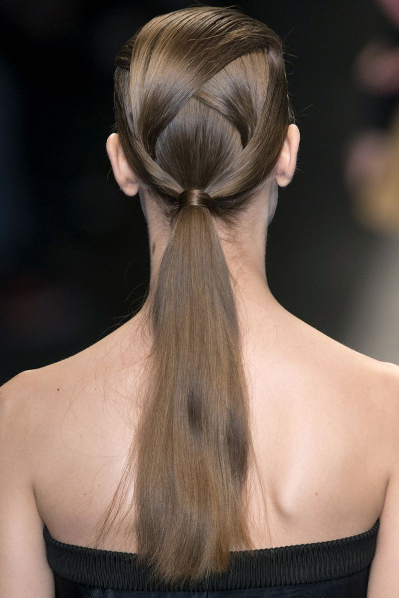 Favorite Pinned Brunette Ribbons Bridal Hairstyles With Regard To 82 Chic Wedding Hairstyles – Glamorous Bridal Hair Ideas And Inspiration (View 9 of 20)