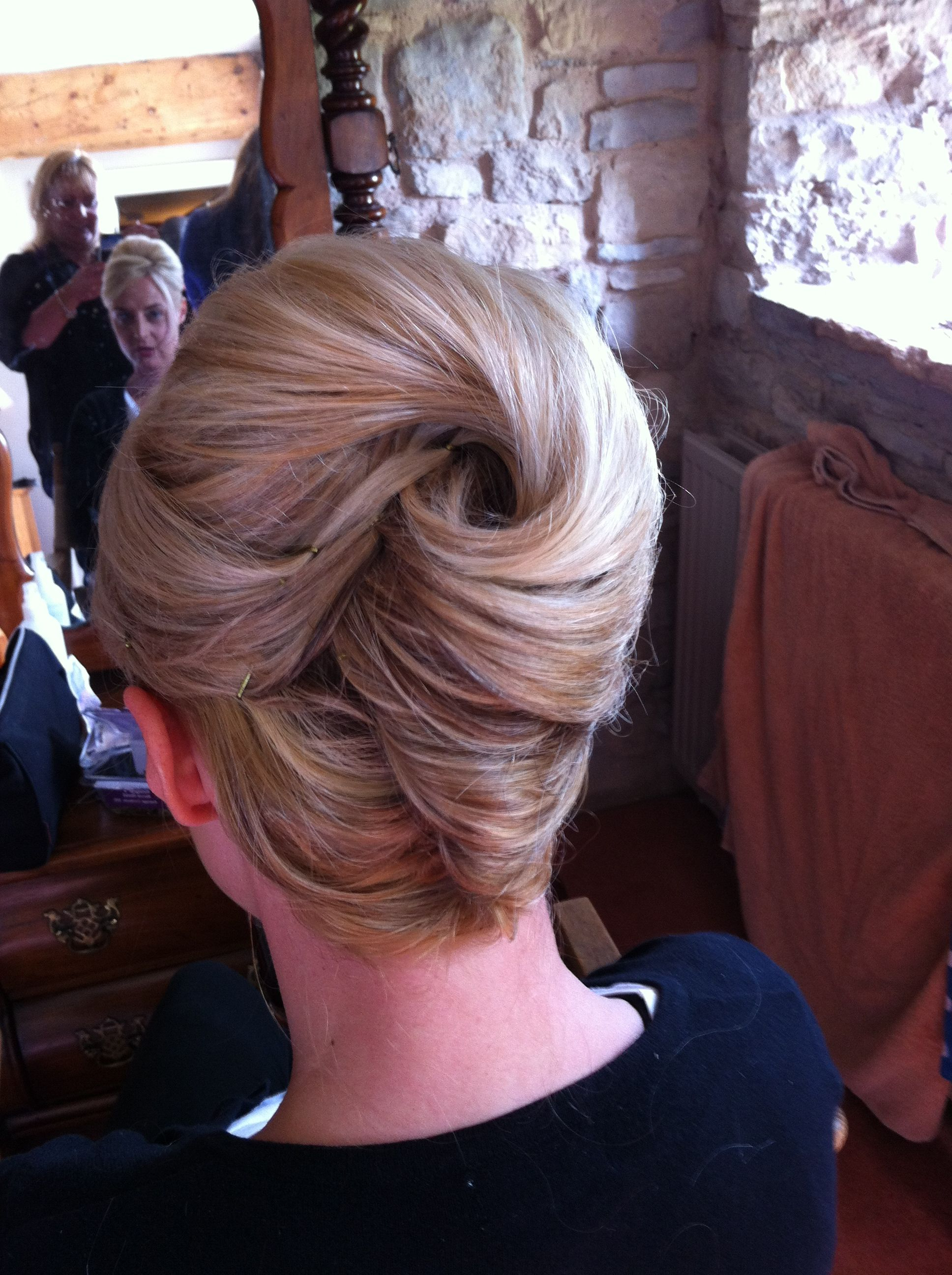 French Pleat (Gallery 9 of 20)