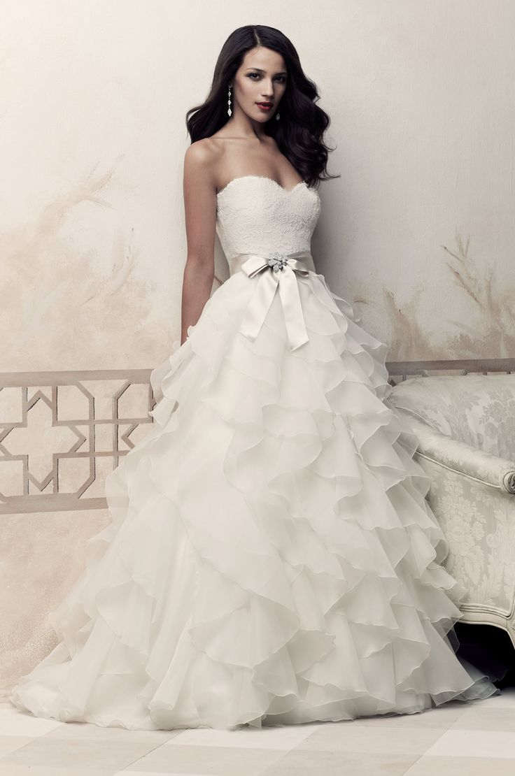 Groom Attire With Trendy Tender Shapely Curls Hairstyles For A Romantic Wedding Look (View 5 of 20)