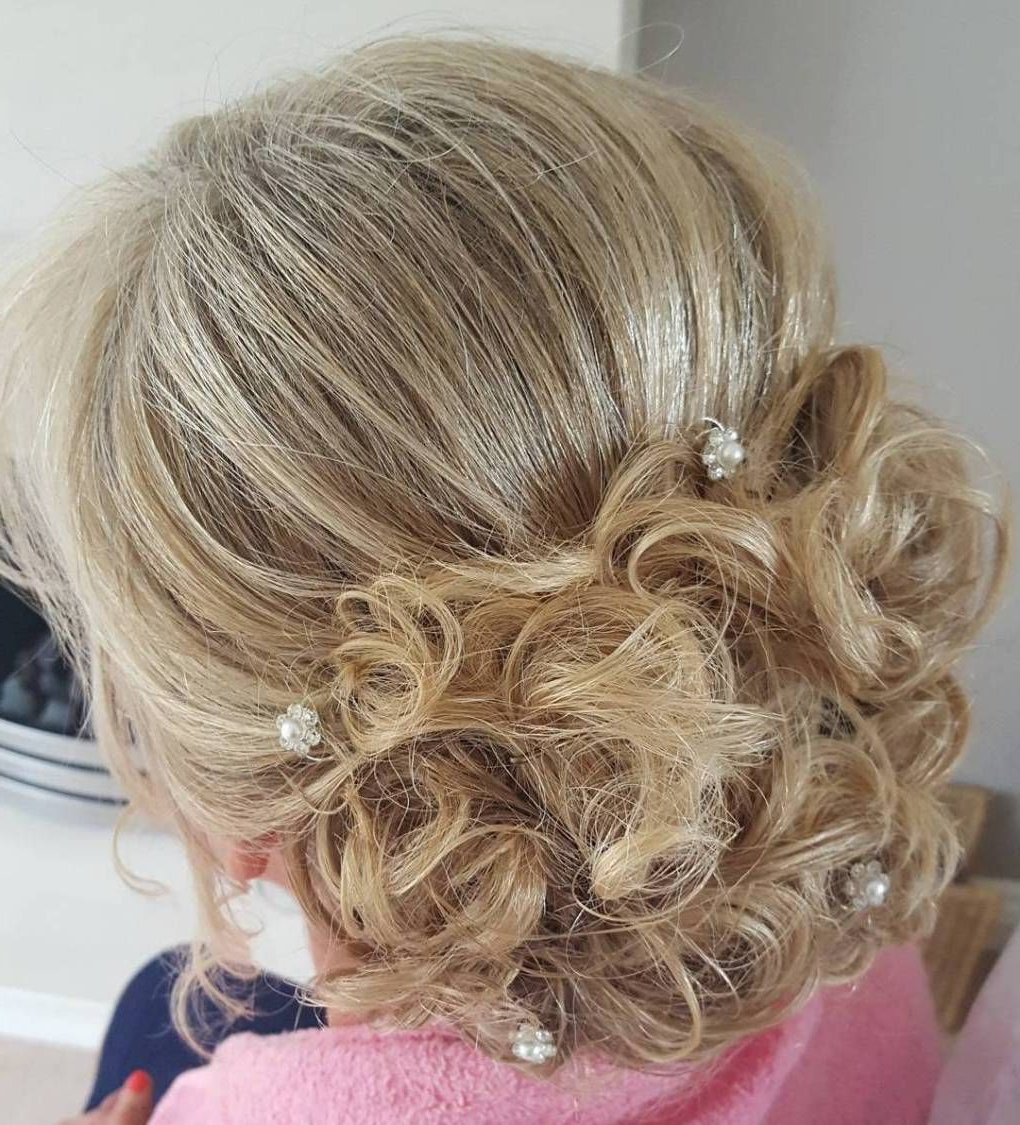 Hair Inside Fashionable Blonde And Bubbly Hairstyles For Wedding (View 11 of 20)