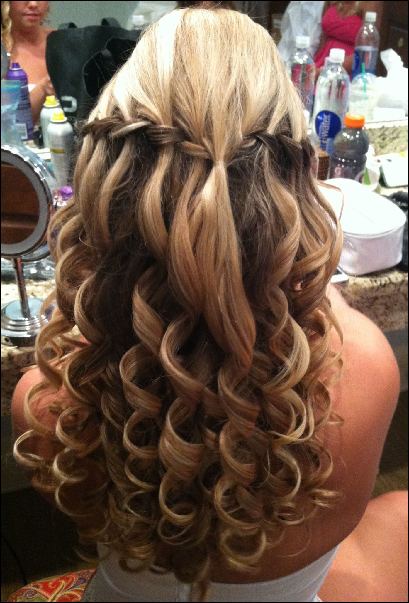 Most Recently Released Bumped Twist Half Updo Bridal Hairstyles With Regard To Wedding/prom Hair (View 15 of 20)
