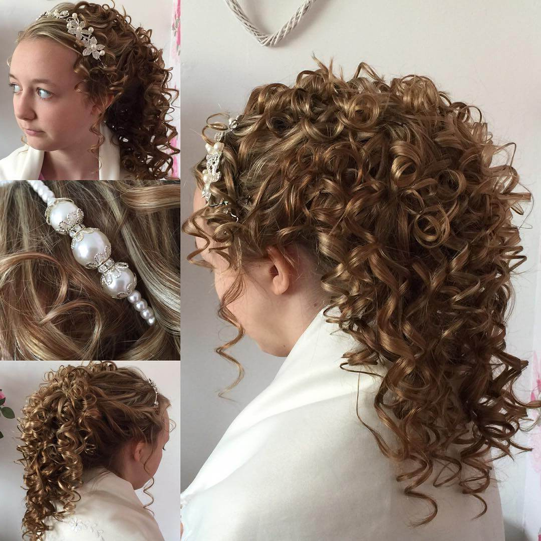 Most Up To Date Short Wedding Hairstyles With Vintage Curls With 25+ Curly Wedding Hairstyle Ideas, Designs (View 11 of 20)