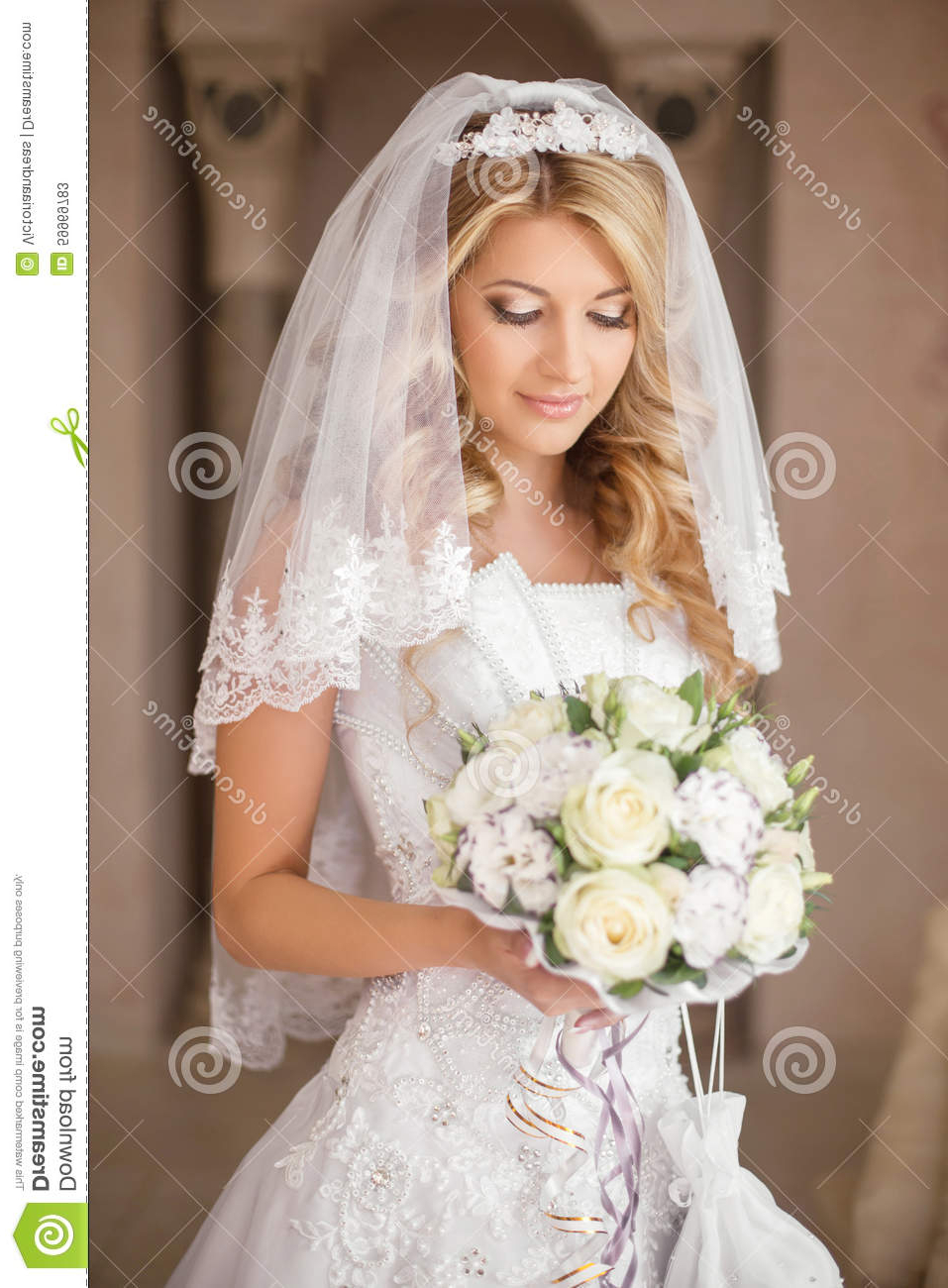 Most Up To Date Tender Bridal Hairstyles With A Veil Throughout Beautiful Bride Woman With Bouquet Of Flowers, Wedding Makeup An (View 12 of 20)