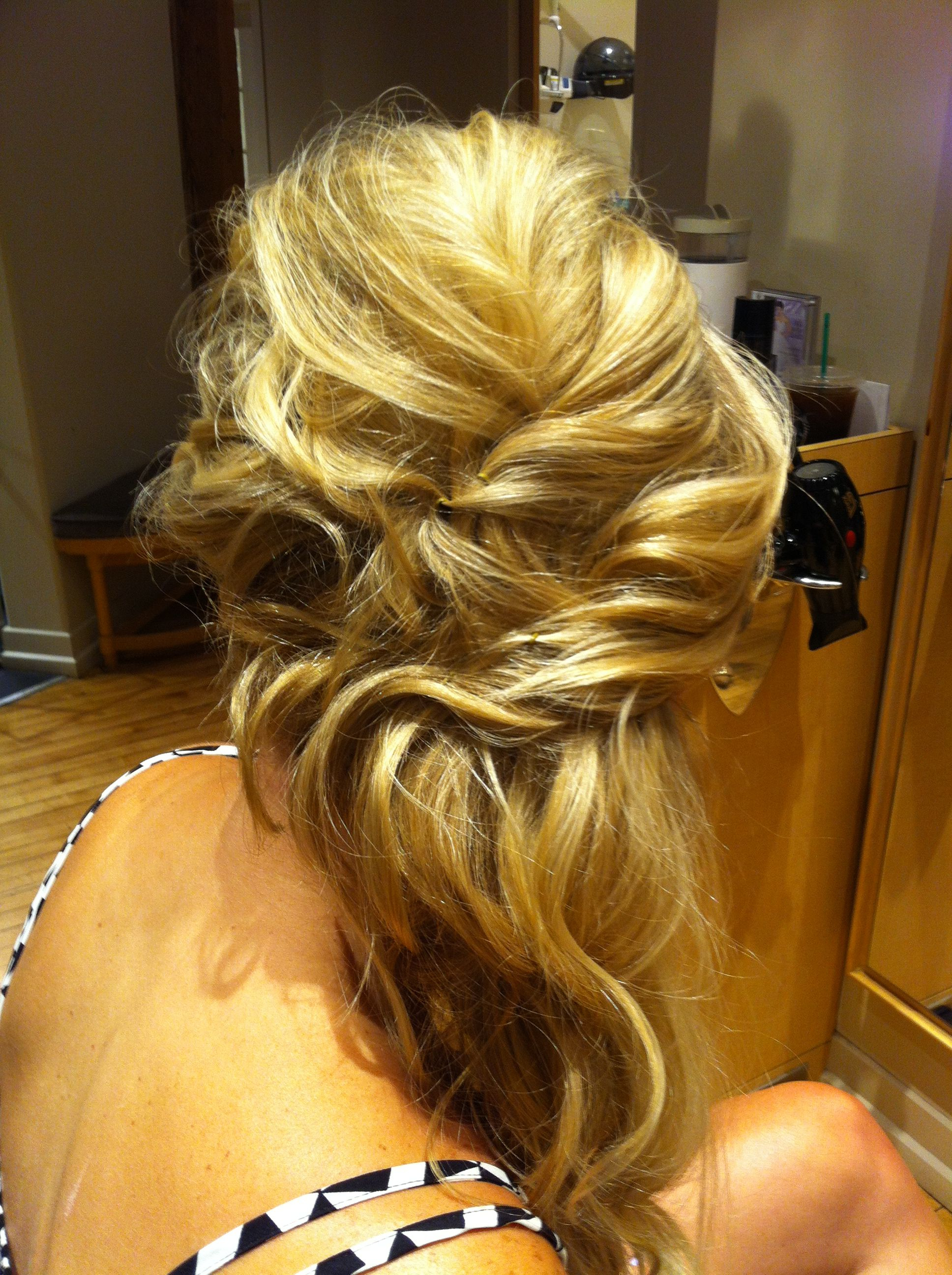 Most Up To Date Twisted And Pinned Half Up Wedding Hairstyles Throughout Cascading Curls With Twist To The Side Half Up Hair Style (View 12 of 20)