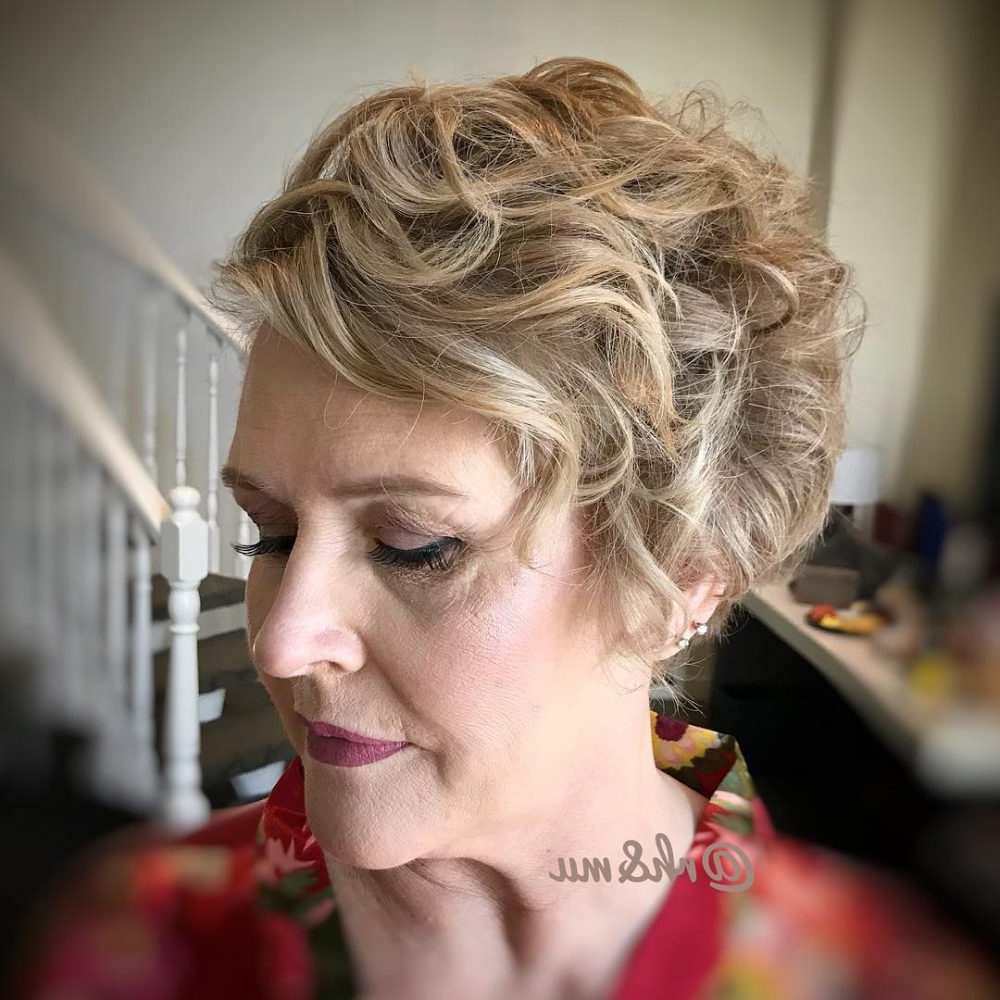 Mother Of The Bride Hairstyles: 24 Elegant Looks For 2019 With Well Known Curly Blonde Updo Hairstyles For Mother Of The Bride (View 12 of 20)