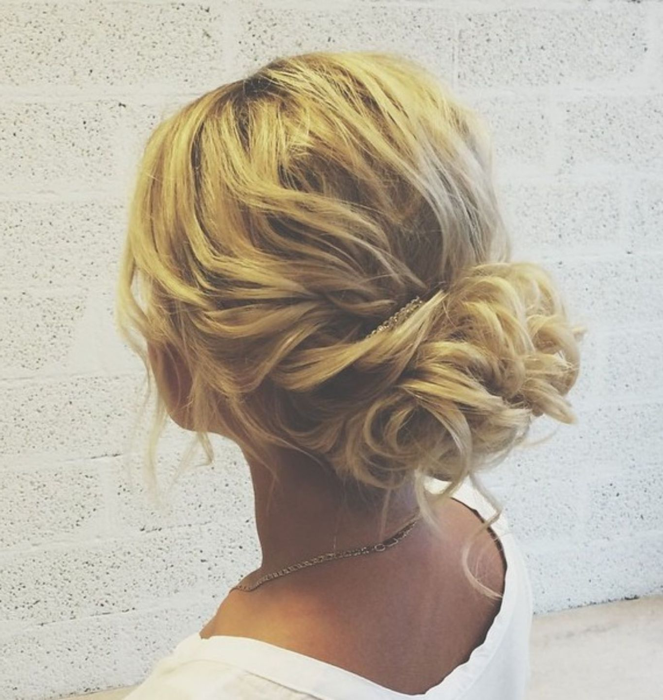 Outfit Intended For 2017 Curly Messy Updo Wedding Hairstyles For Fine Hair (Gallery 10 of 20)