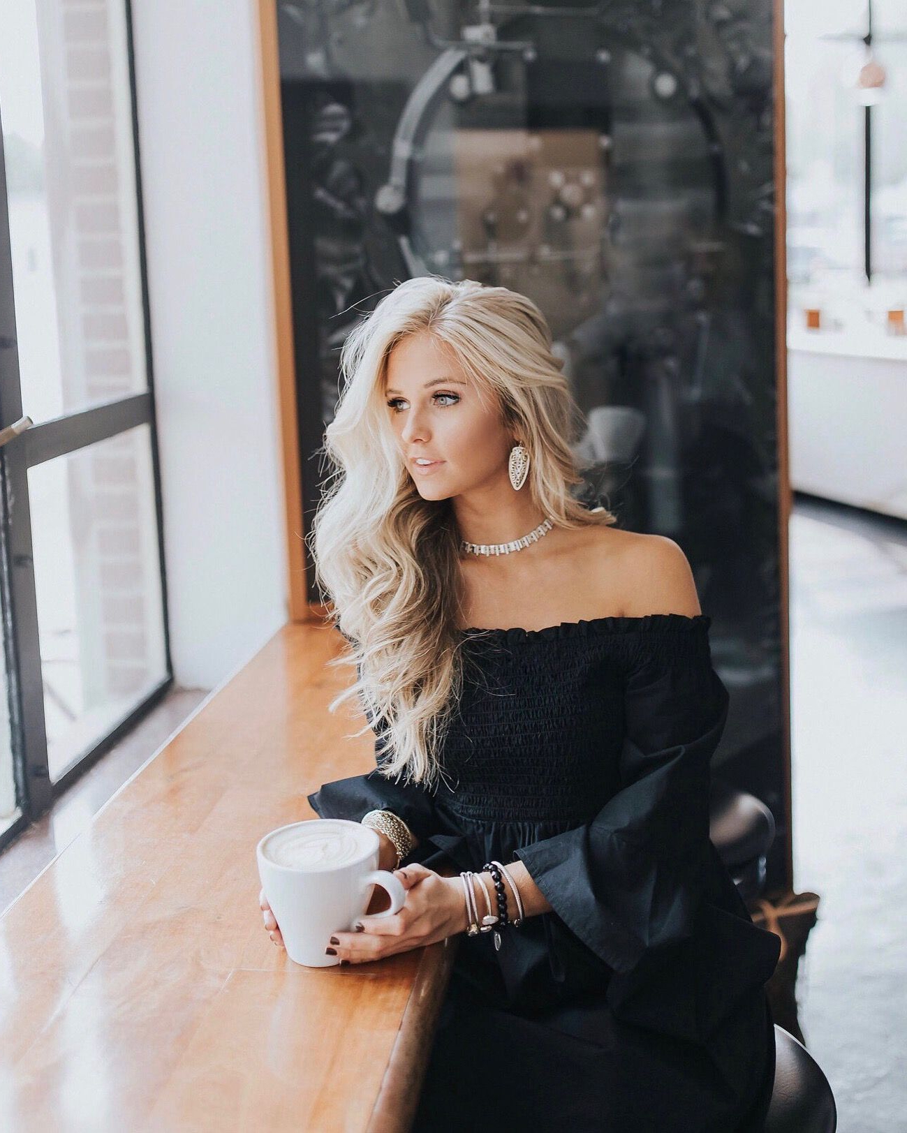 Popular Blonde And Bubbly Hairstyles For Wedding Inside Blonde Hair Inspo & Fall Fashion (View 16 of 20)
