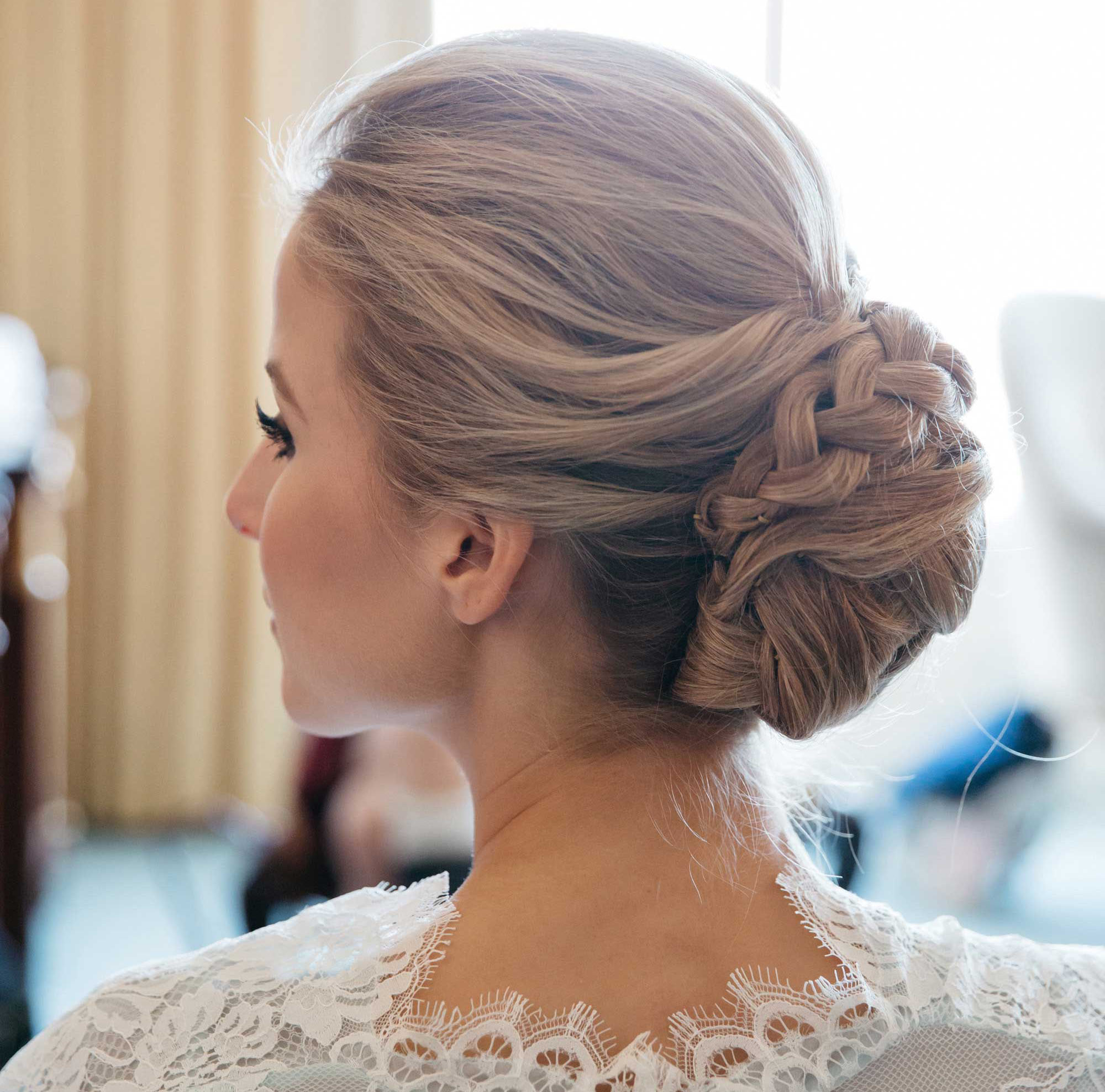 Popular Bridal Chignon Hairstyles With Headband And Veil Throughout Braided Hairstyles: 5 Ideas For Your Wedding Look – Inside Weddings (View 14 of 20)