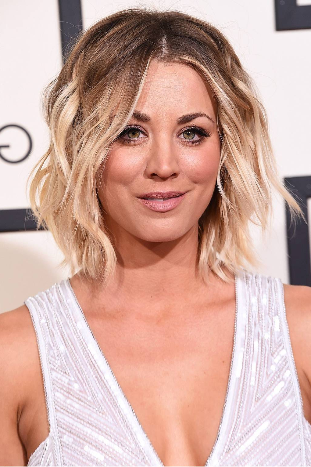 Popular Half Up Blonde Ombre Curls Bridal Hairstyles Intended For How To Style Grown Out Roots: Celebrities With Dark Roots (View 15 of 20)