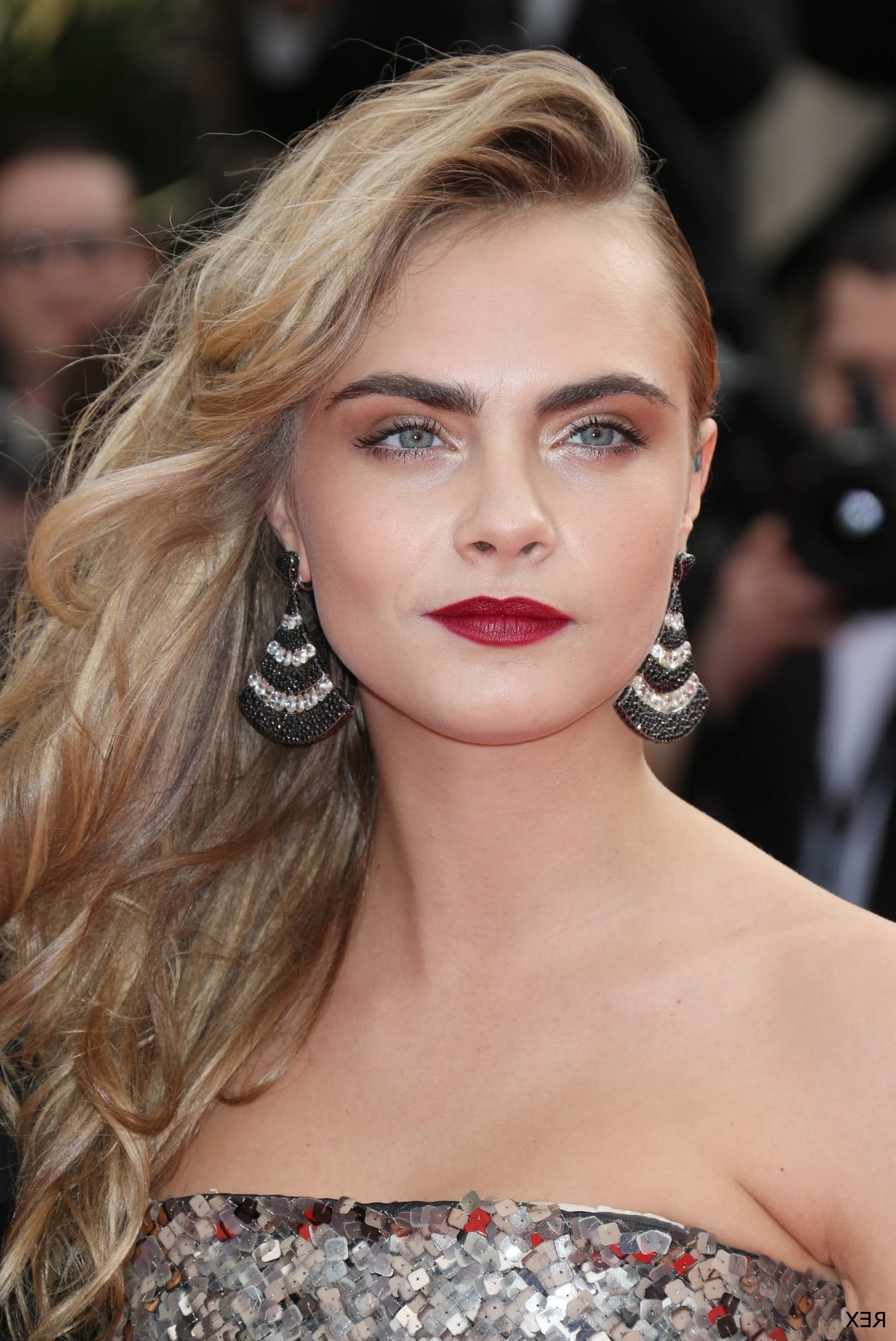 Ss14 Hair Trends – Deep Side Parting (Gallery 17 of 20)