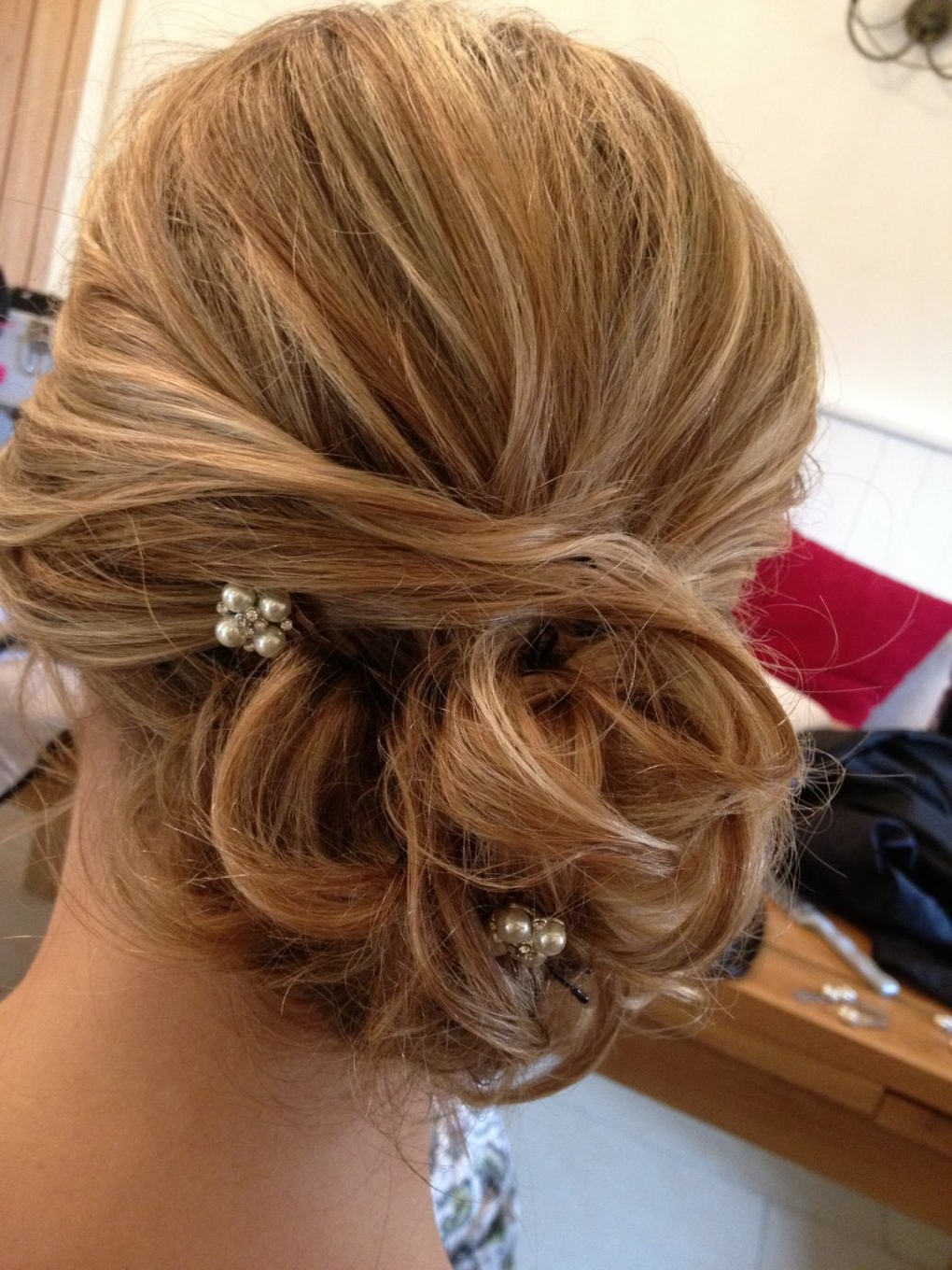Trendy Messy Buns Updo Bridal Hairstyles Within Bridesmaid Hairstyles Messy Bun » Best Hairstyles & Haircuts For All (View 18 of 20)