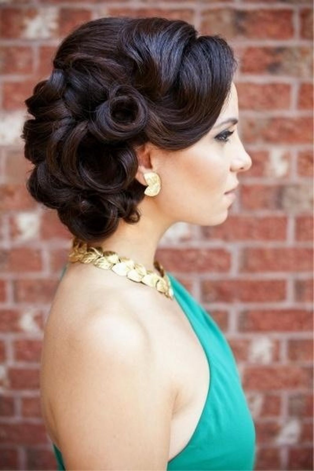 Vintage Wedding Updos For Long Hair1 Vintage Updos For Long Hair Inside Current Retro Wedding Hair Updos With Small Bouffant (View 4 of 20)
