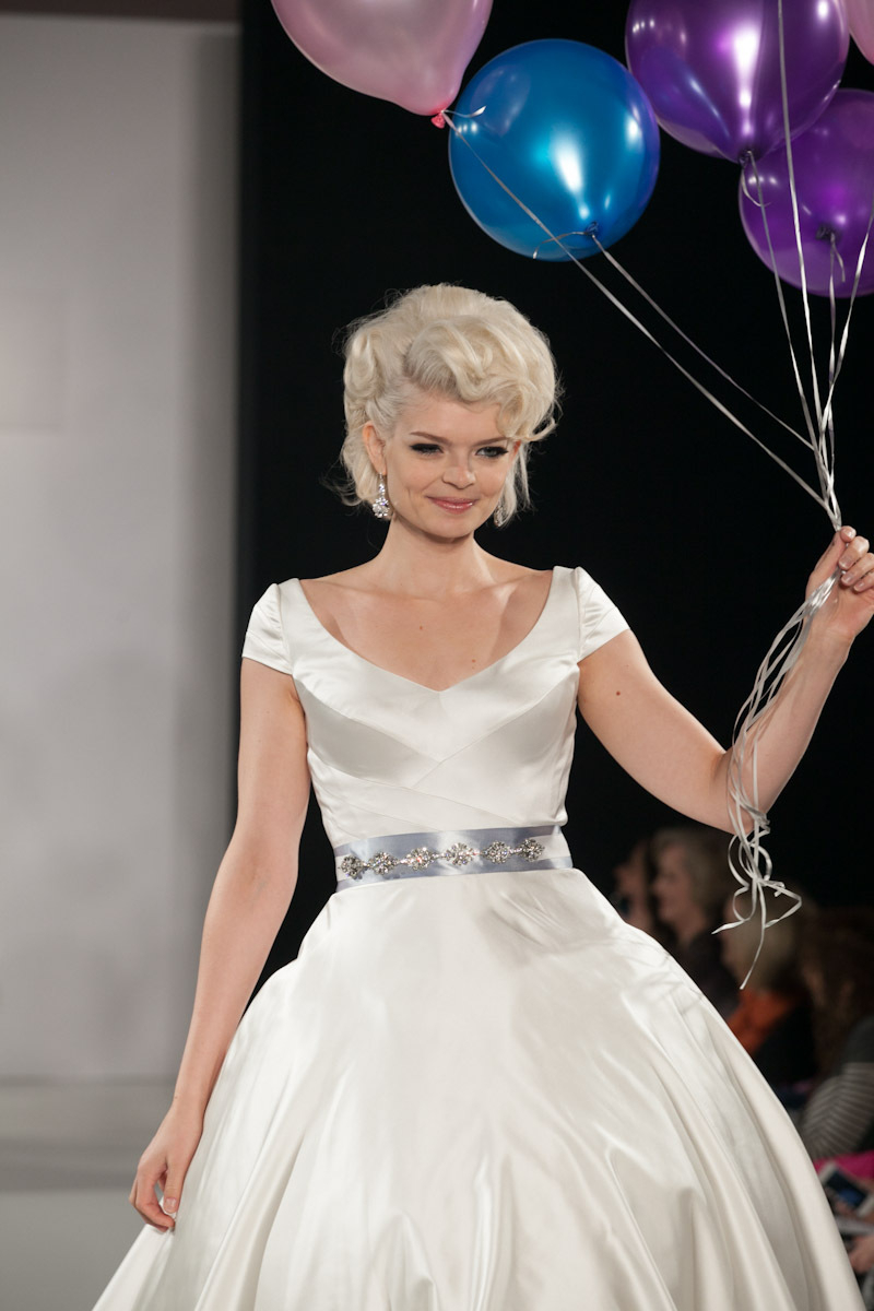 Wedding Hairstyle Trends Pulled Back Chignon Retro Glam Regarding Most Recently Released Retro Glam Wedding Hairstyles (View 17 of 20)