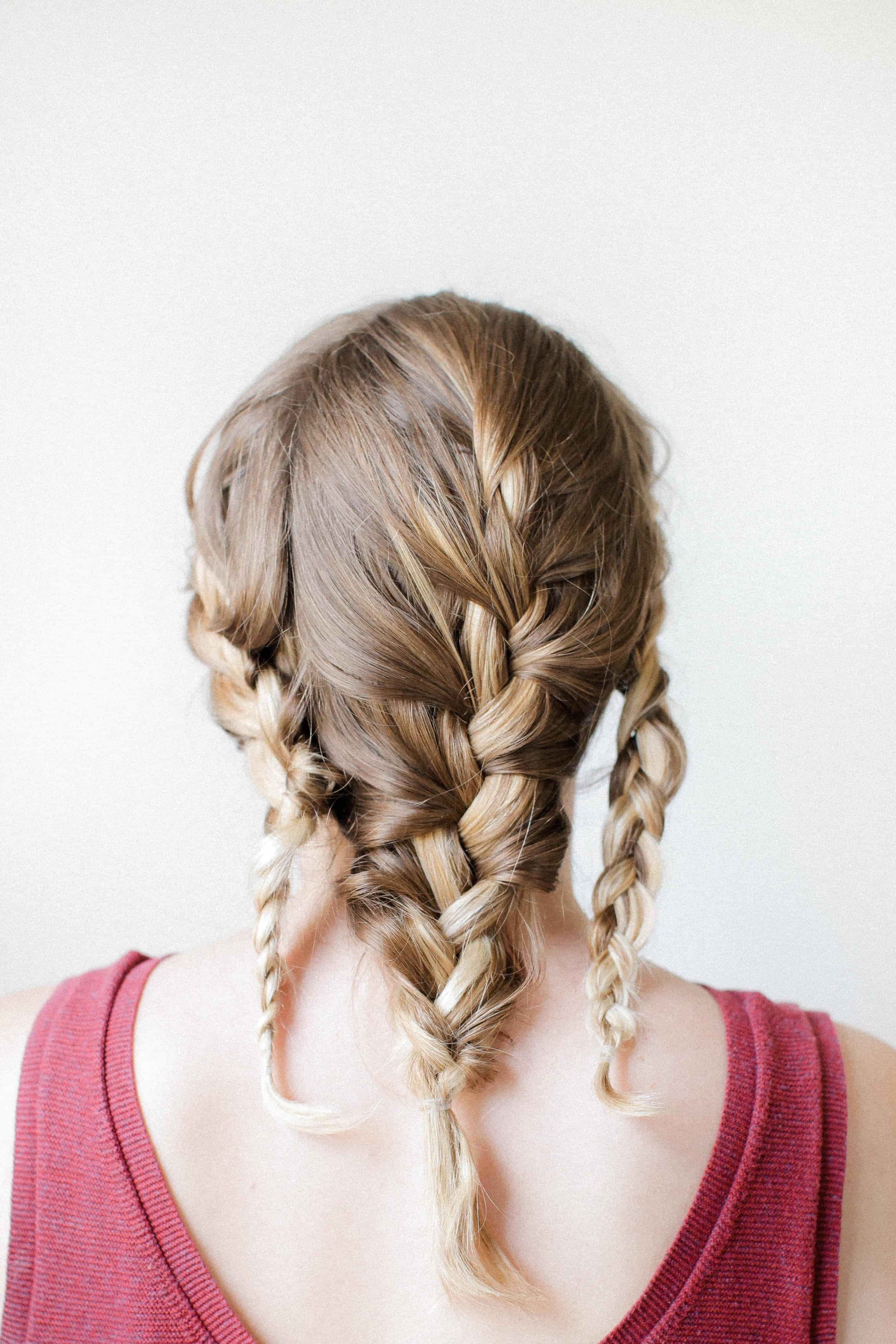 Well Known Braided Wedding Hairstyles With Subtle Waves In How To Get Effortless Beachy Waves Overnight (View 19 of 20)