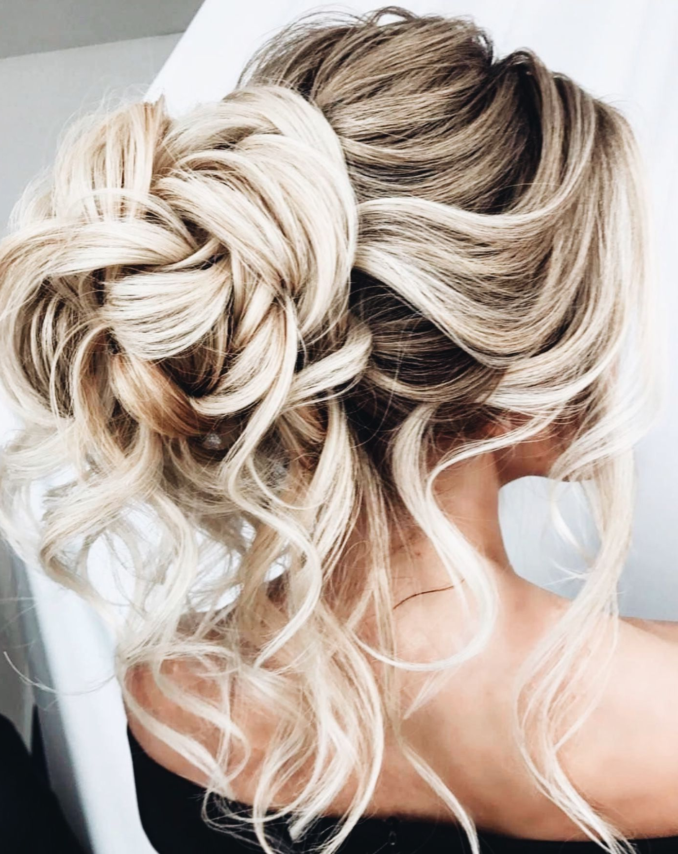 Widely Used Wavy And Wispy Blonde Updo Wedding Hairstyles Inside Hairstyles Hair Ideas Hair Tutorial Hair Colour Hair Updos Messy (View 20 of 20)