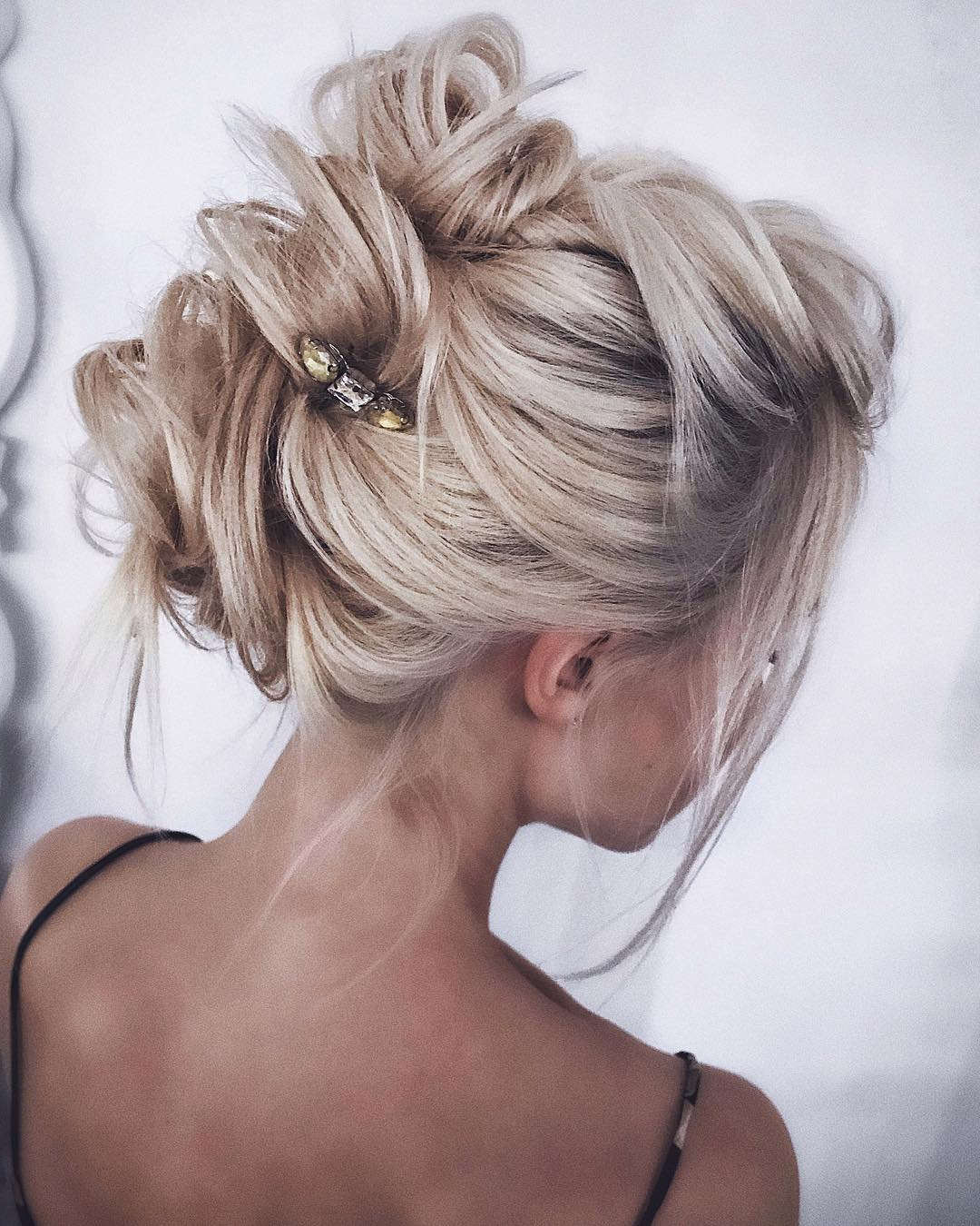 10 Gorgeous Prom Updos For Long Hair, Prom Updo Hairstyles 2019 Within Newest Messy High Bun Prom Updos (View 1 of 20)