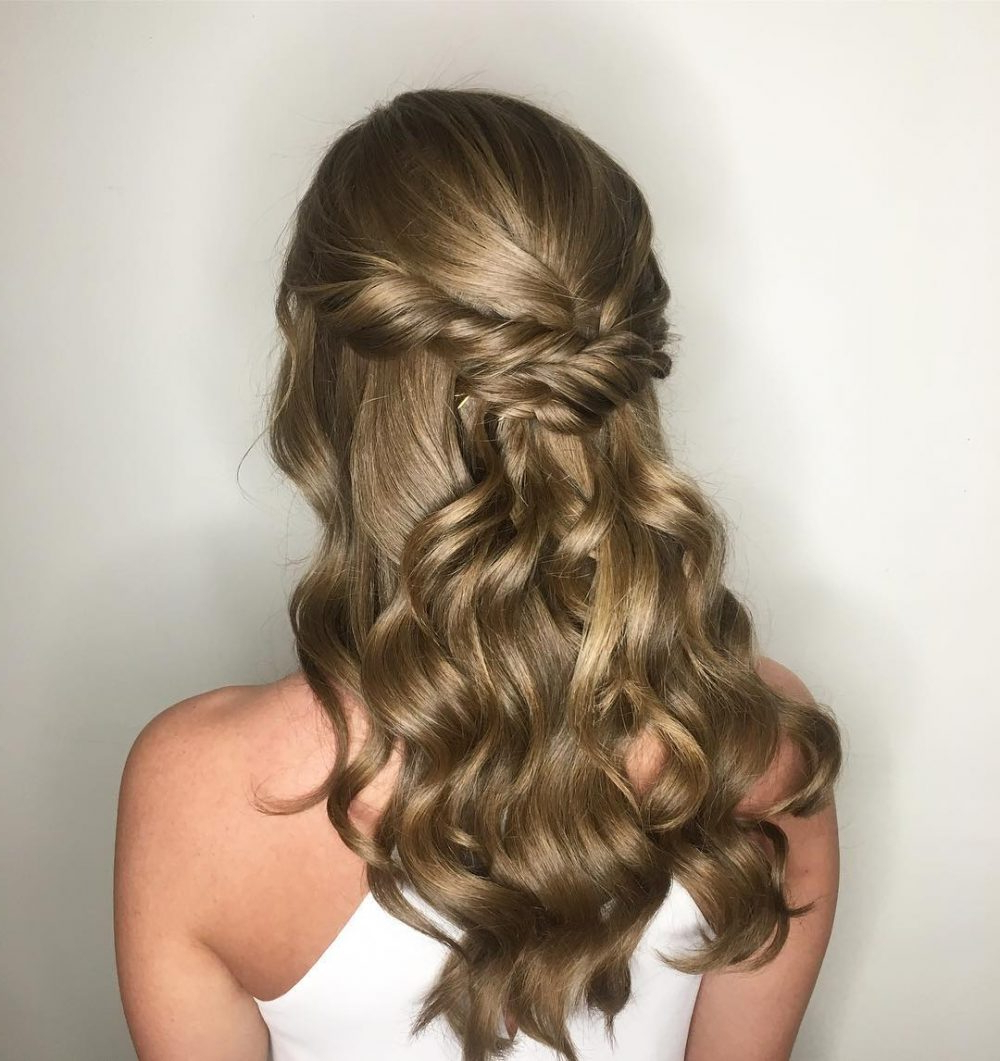 20 Easy Prom Hairstyles For 2019 You Have To See For 2018 Easy Curled Prom Updos (View 4 of 20)