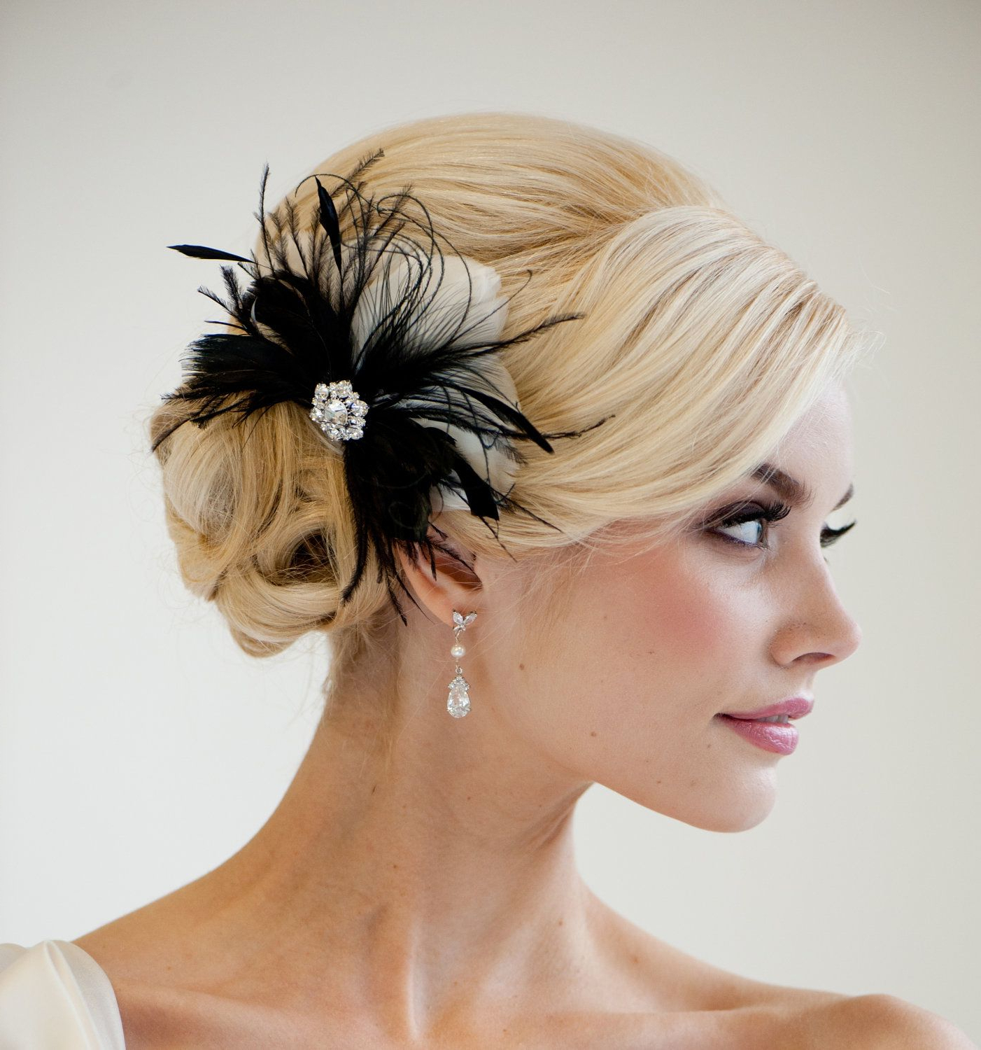 2017 Side Bun Prom Hairstyles With Black Feathers For Bridal Fascinator, Wedding Hair Accessory, Feather Fascinator, Black (View 11 of 20)