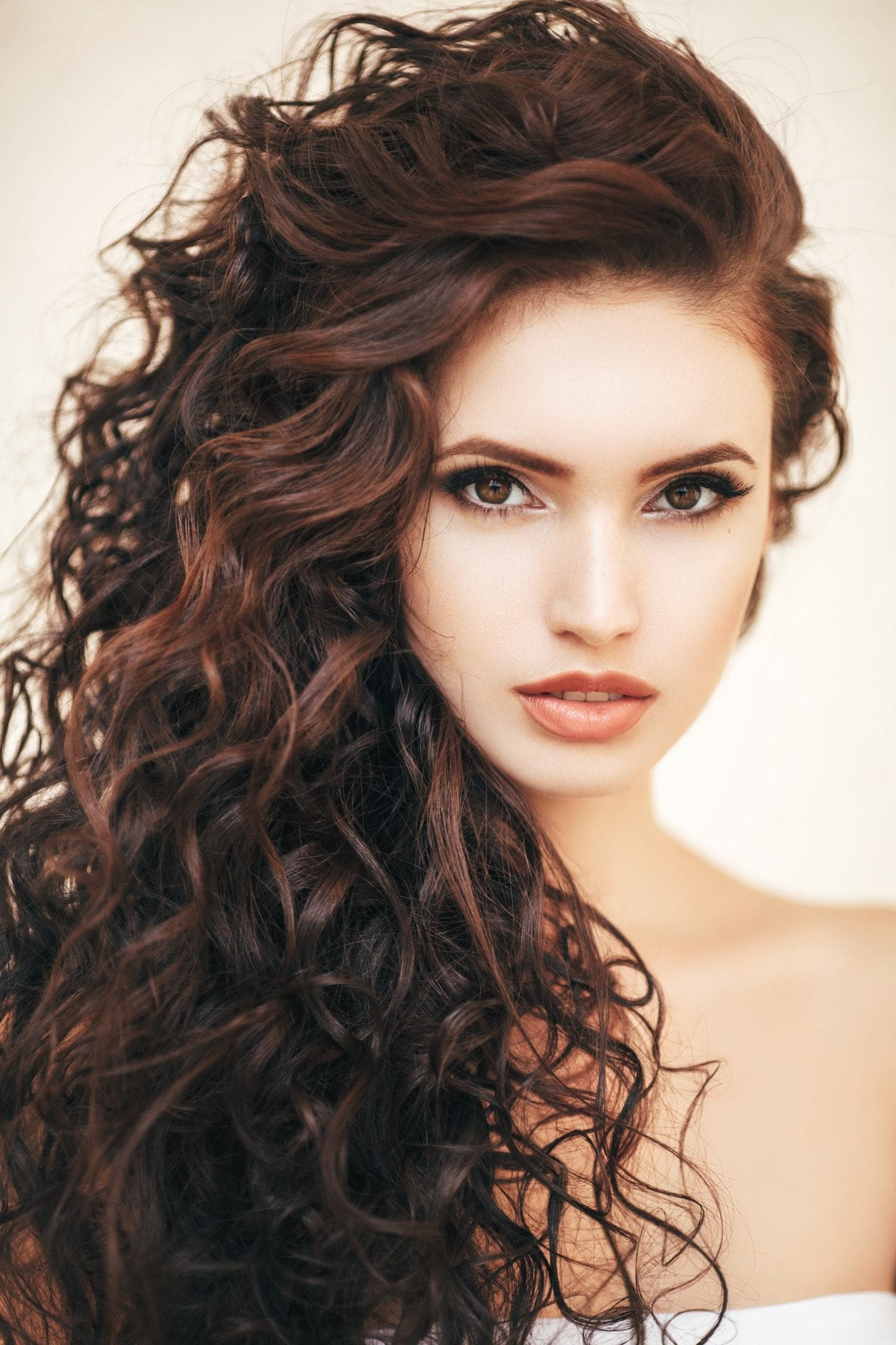 2018 Messy Loose Curls Long Hairstyles With Voluminous Bangs For Curly Hairstyles For Long Hair: 19 Kinds Of Curls To Consider (View 2 of 20)