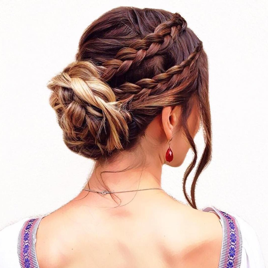 37 Glamorous Updos For Bridesmaids (View 7 of 20)