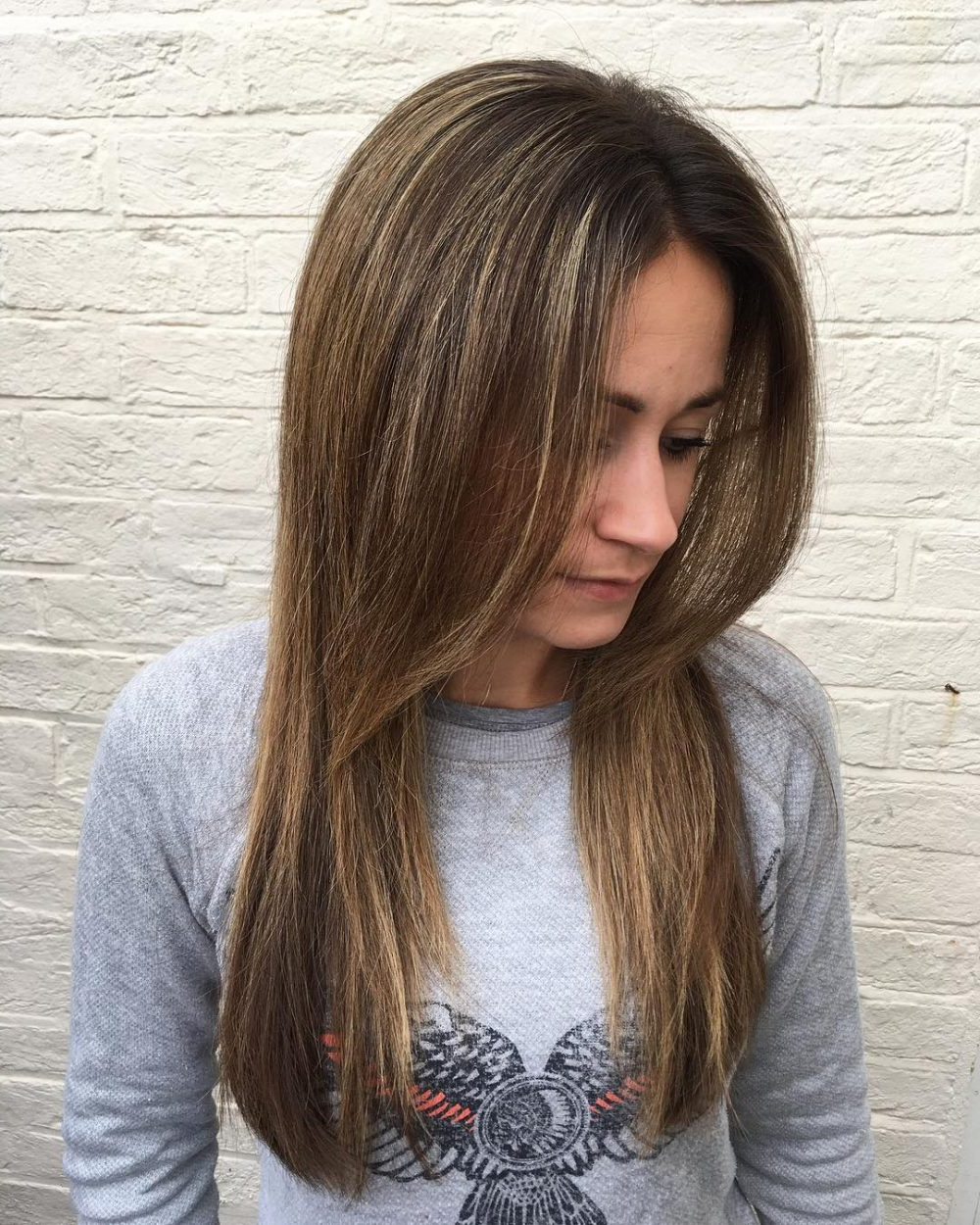 38 Flattering Long Hair With Bangs Trending In 2019 Regarding Current Mid Back Brown U Shaped Haircuts With Swoopy Layers (View 12 of 20)