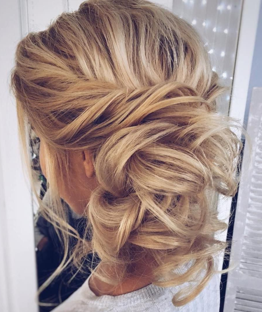 45 Side Hairstyles For Prom To Please Any Taste In (View 4 of 20)