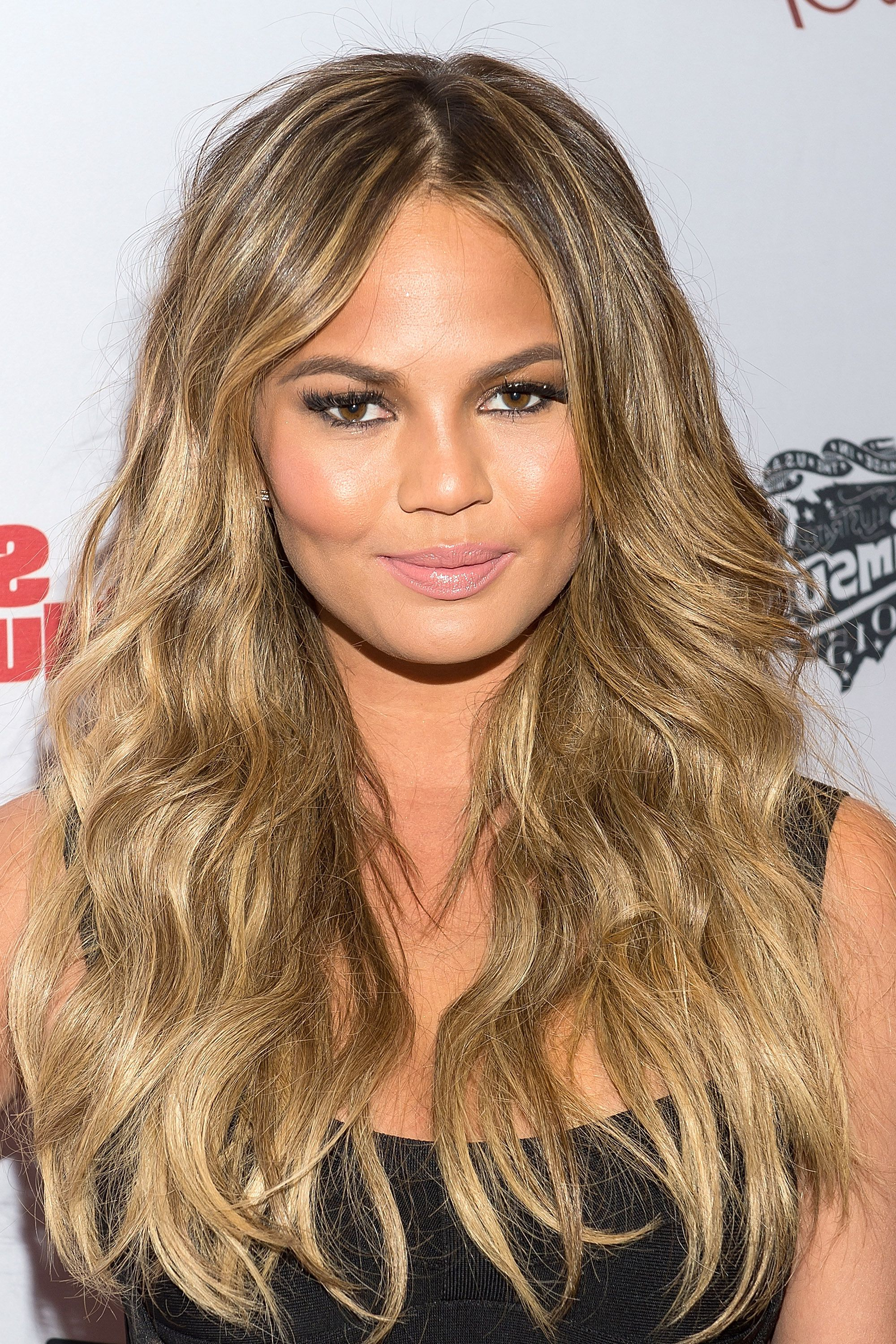 50 Cute Long Layered Hairstyles And Haircut Trends For Women 2019 Pertaining To 2019 Long Layered Waves Hairstyles (View 9 of 20)