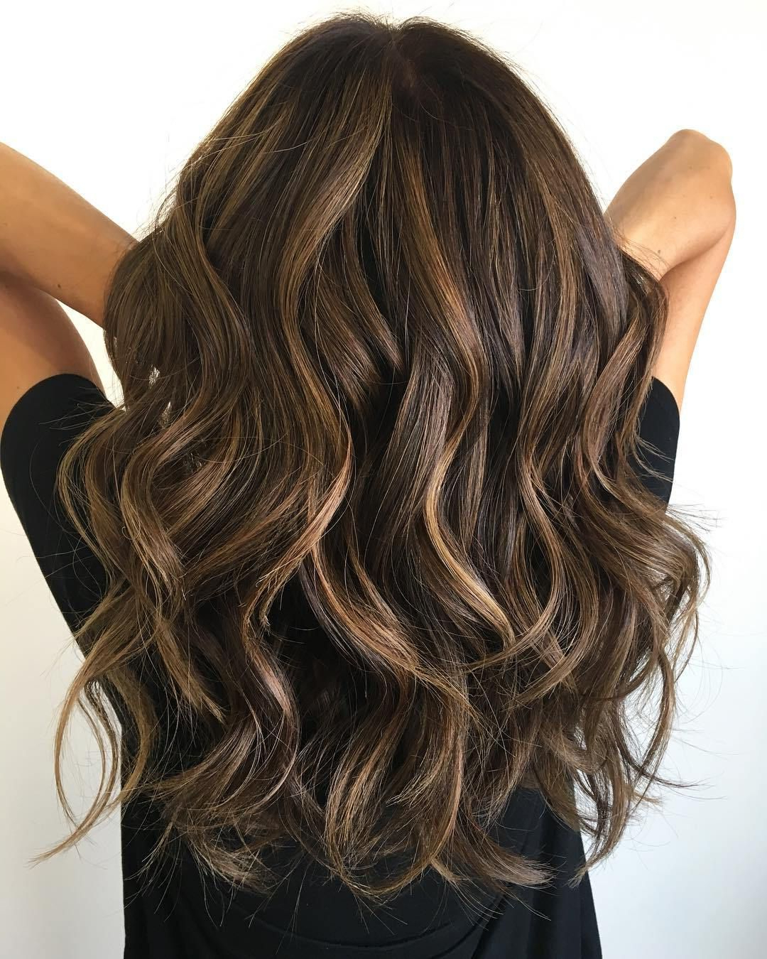Featured Photo of Classic Layers Long Hairstyles For Volume And Bounce