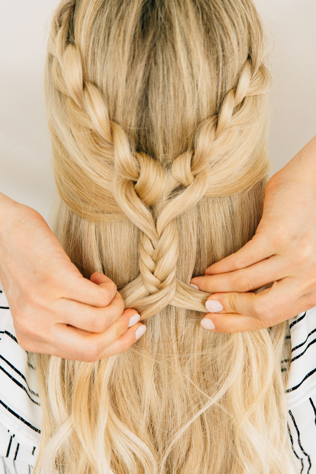 Beautiful Braid Hairstyles That'll Liven Up Your Hair Routine Regarding Trendy Curly Half Updo With Ponytail Braids (View 8 of 20)