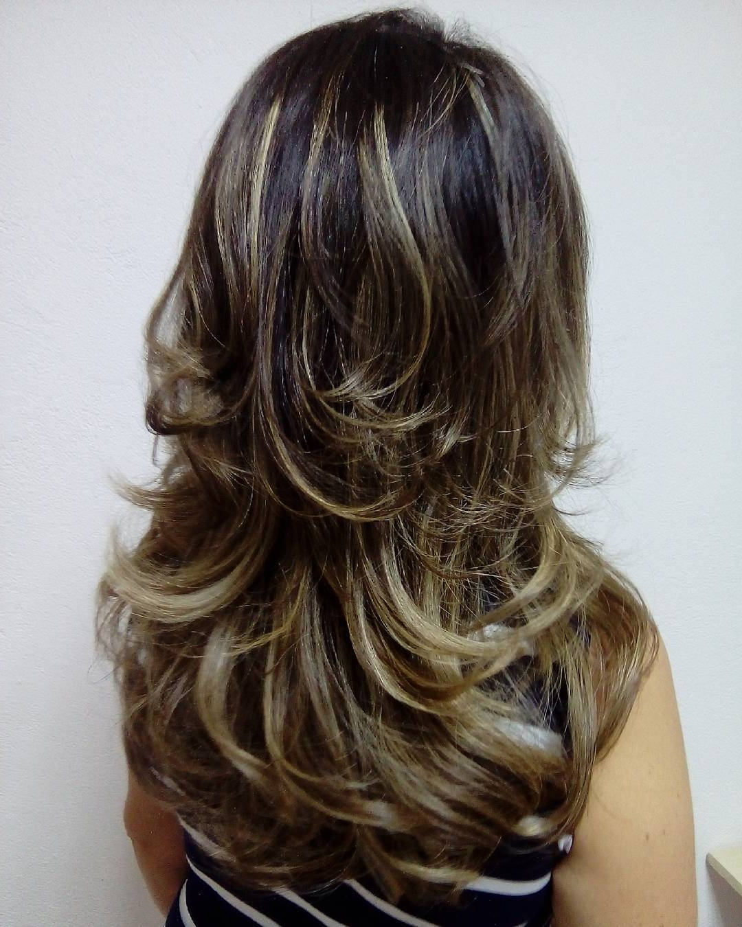 Current Blowout Ready Layers For Long Hairstyles For 35 Smart Layered Haircuts For Long Hair Spring  (View 8 of 20)