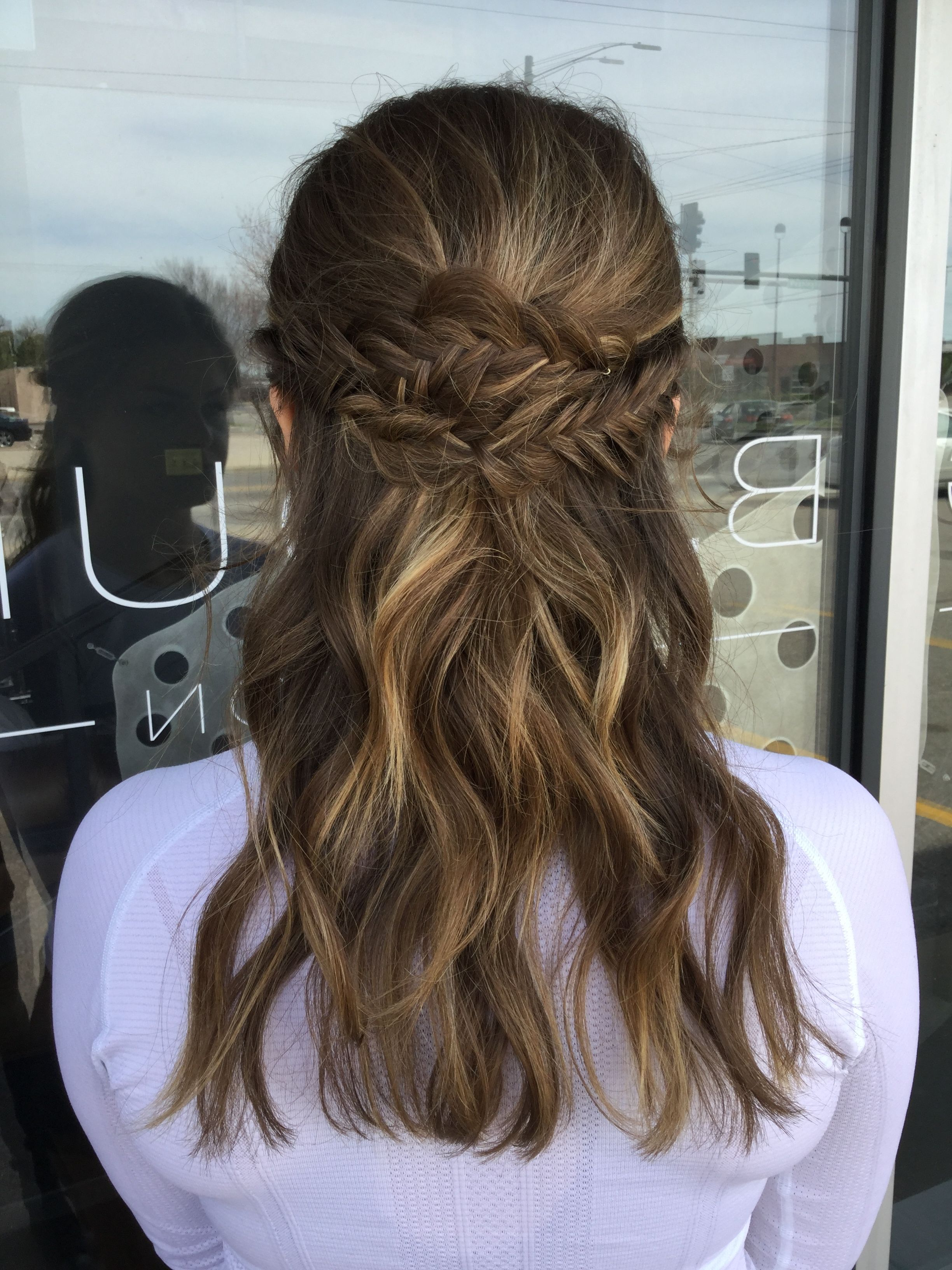 Current Tousled Prom Updos For Long Hair In Tousled Prom Hair. 2017 Prom Hair (View 10 of 20)