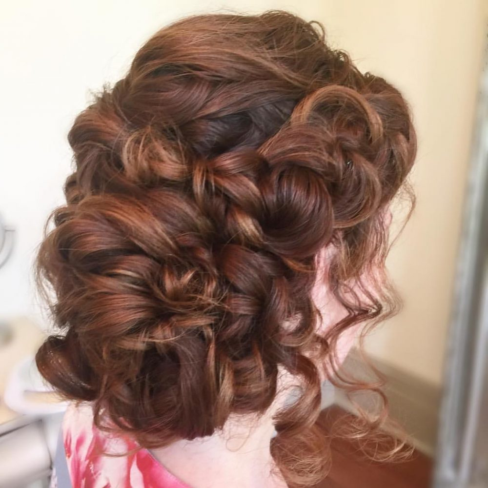 Famous Big Curly Bun Prom Updos With 18 Stunning Curly Prom Hairstyles For 2019 – Updos, Down Do's & Braids! (Gallery 11 of 20)