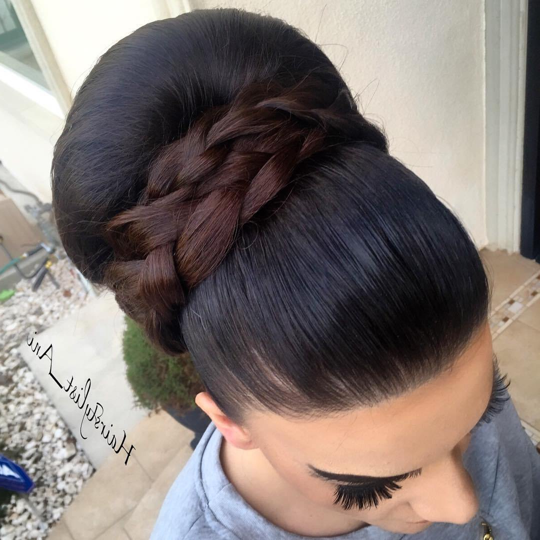 Famous Classic Prom Updos With Thick Accent Braid Inside Trubridal Wedding Blog (View 4 of 20)