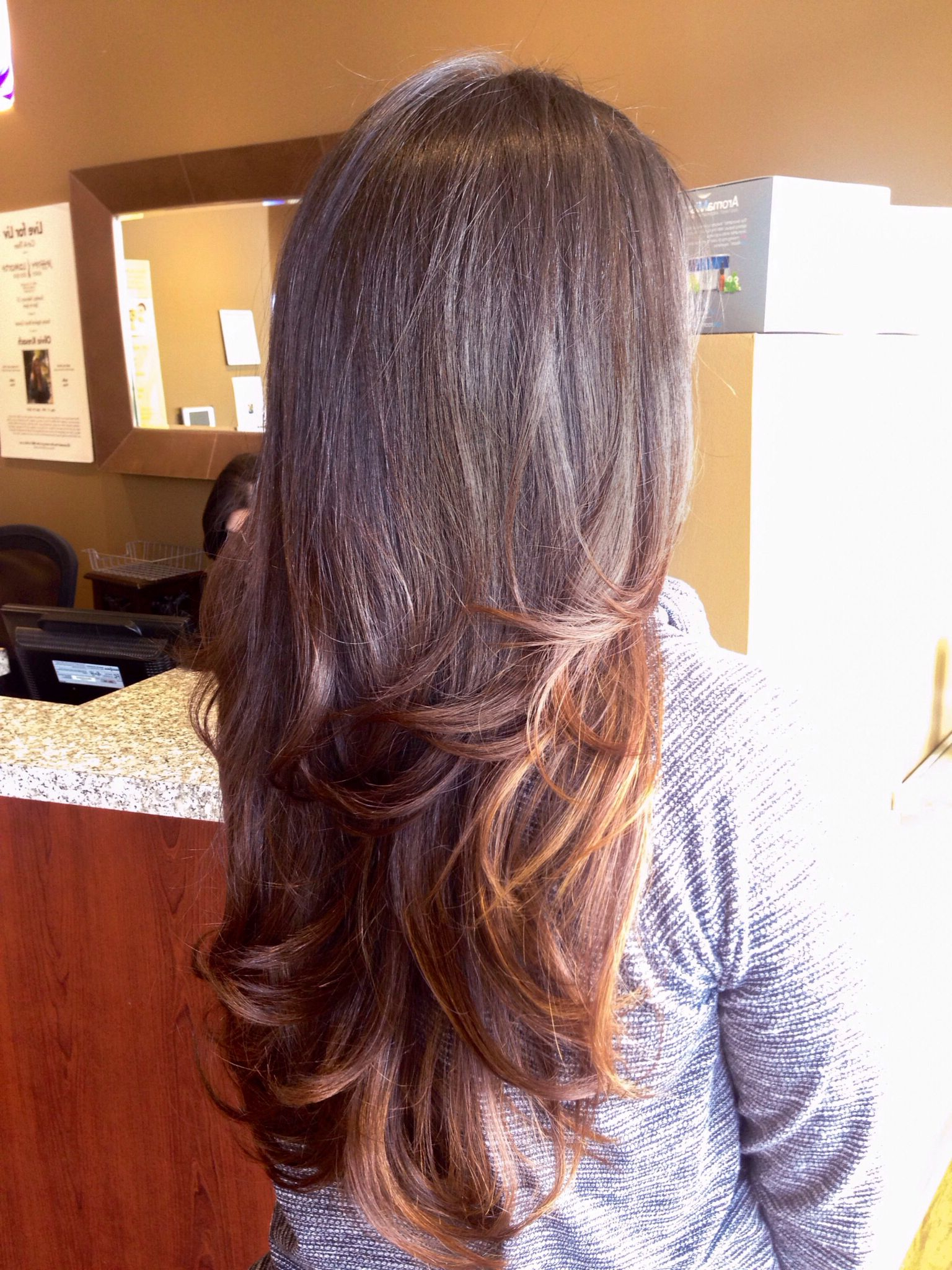 Flippy Bombshell Blowout With Medium Layers On Long Hair (Gallery 3 of 20)