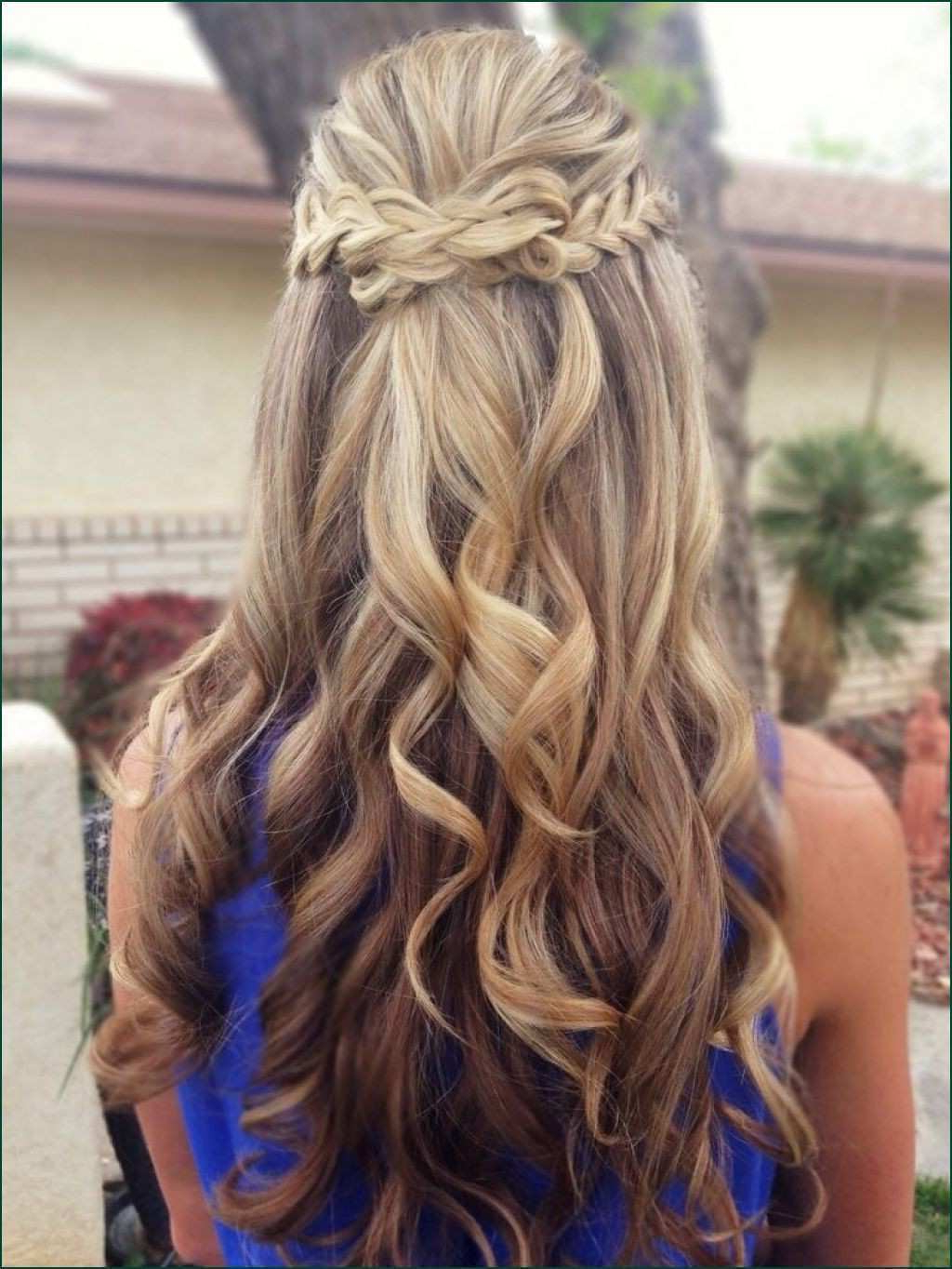 Most Current Wavy Prom Hairstyles In Half Up Half Down Curled Prom Hairstyles Wearable T12i Prom (View 14 of 20)