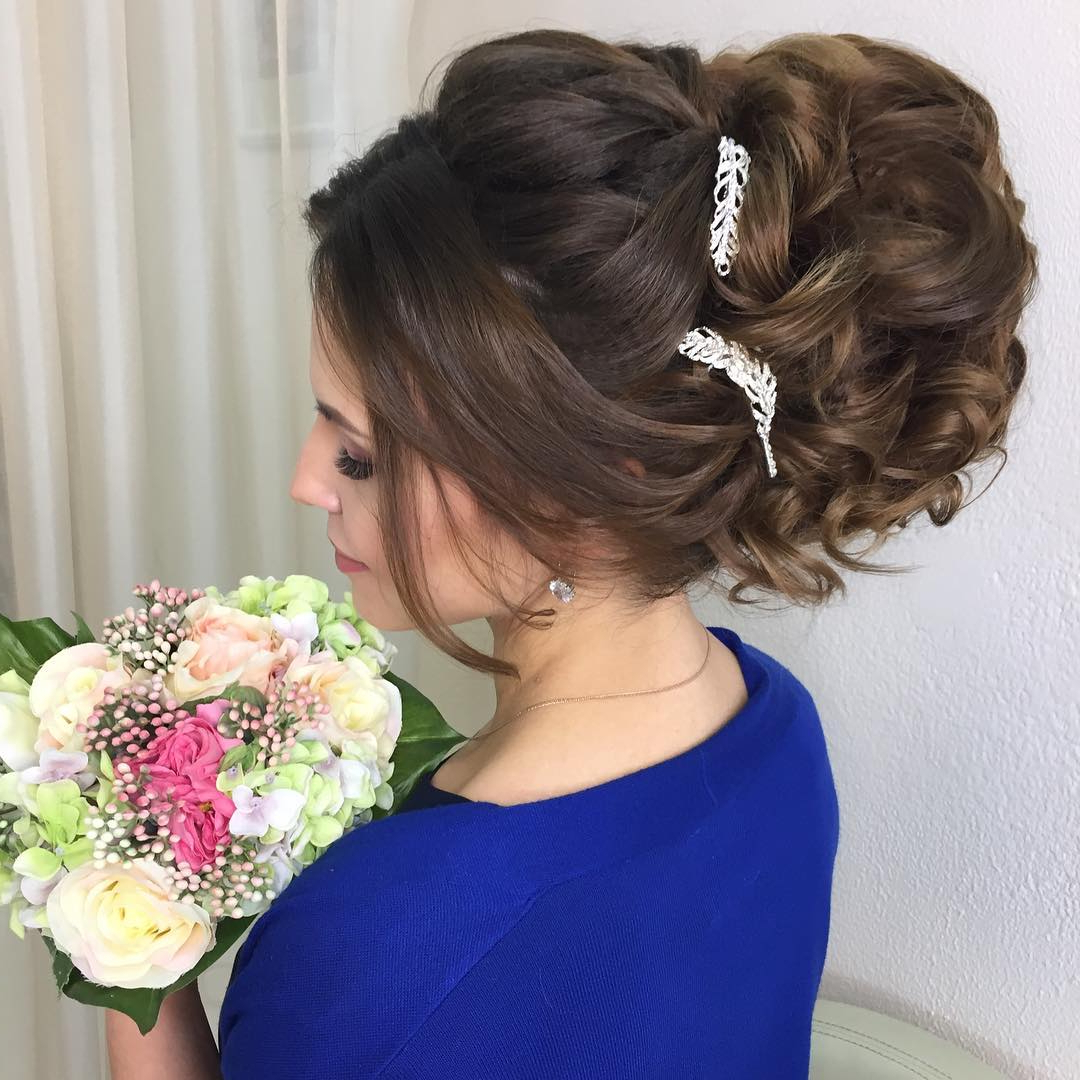 Most Popular Long Cascading Curls Prom Hairstyles Within 10 Lavish Wedding Hairstyles For Long Hair – Wedding Hairstyle Ideas (View 13 of 20)