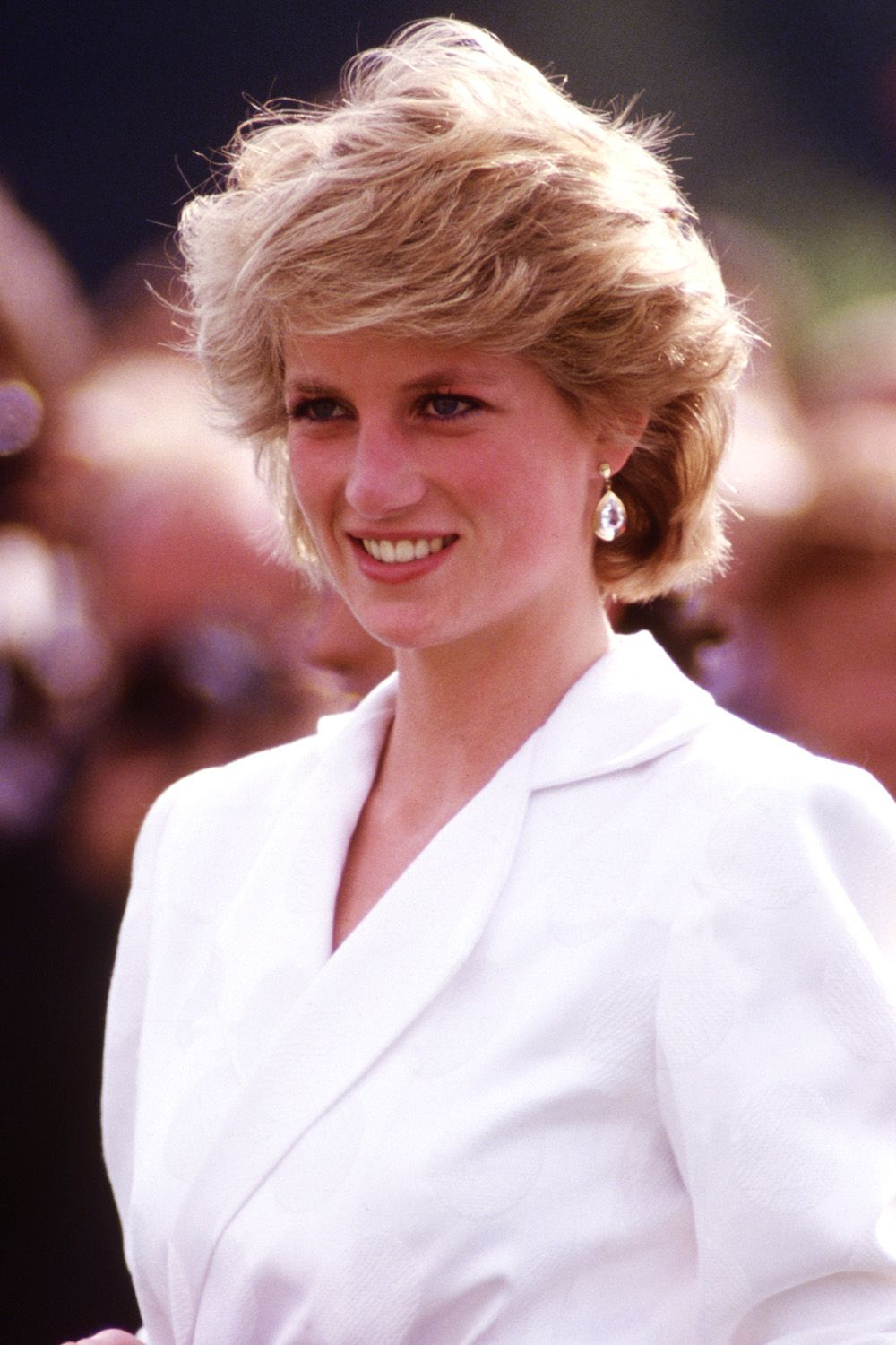 Princess Diana Hairstyles And Cut – Princess Diana Hair For Favorite Princess Like Side Prom Downdos (View 15 of 20)