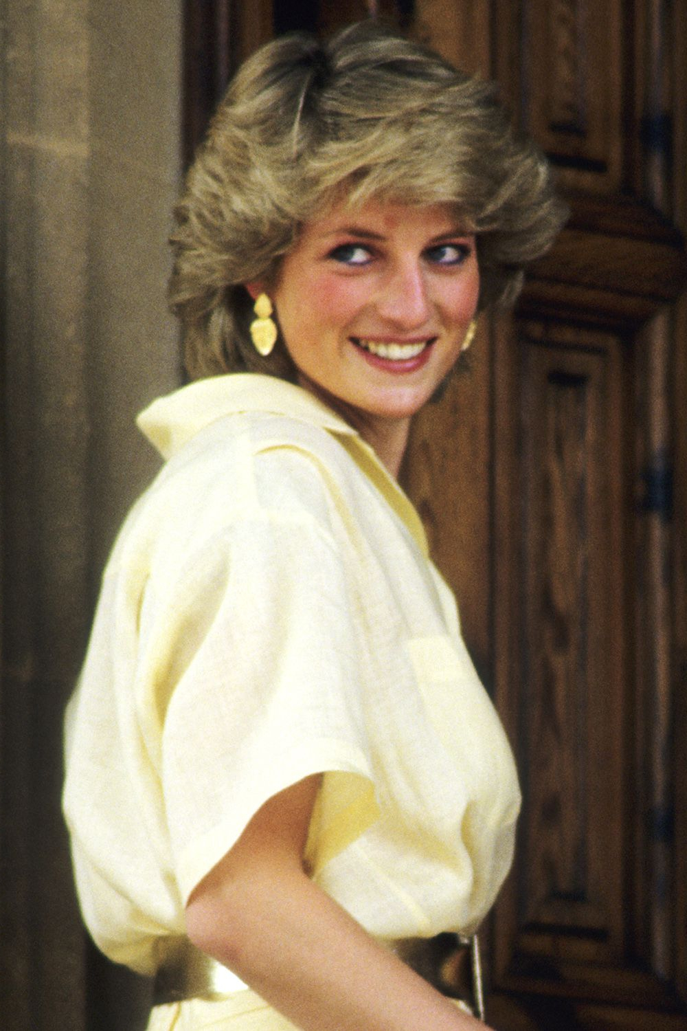 Princess Diana Hairstyles And Cut – Princess Diana Hair Throughout Current Princess Like Side Prom Downdos (Gallery 19 of 20)